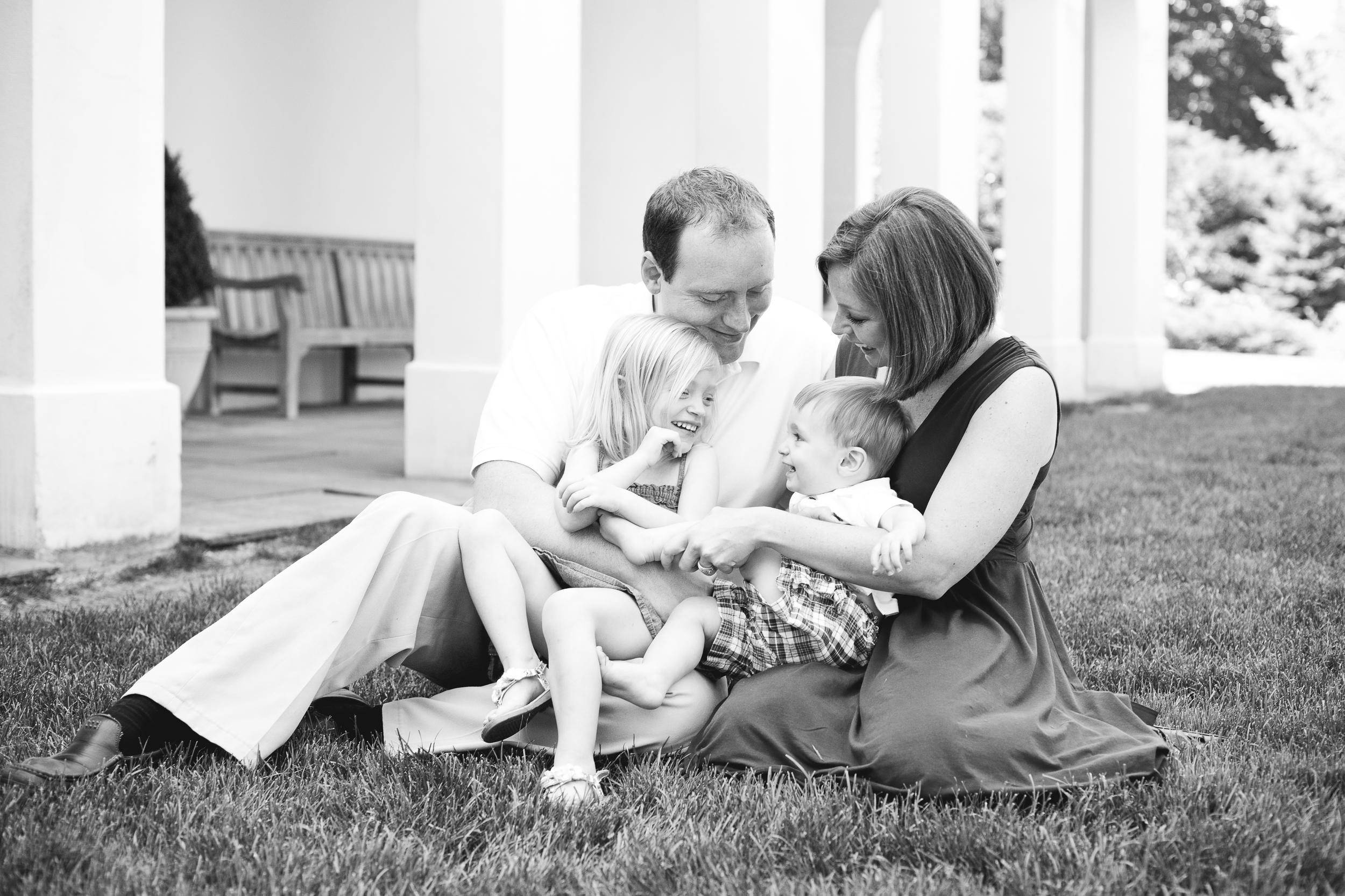 familyBlack&White-1.jpg