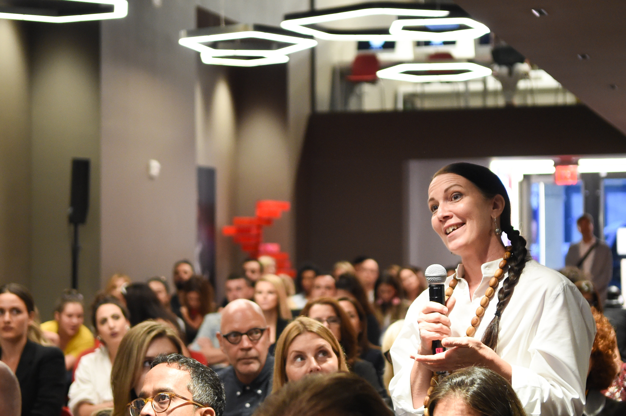 Adrianne Bon Haes speaking1.JPG