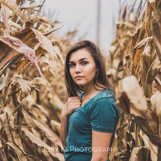 My first big introduction into portrait photography was a senior session with my cousin Kaitlynn almost 8 years ago. A lot has changed since that time but senior photos remain one of my favorite things to shoot. Here is a shot from a late fall session Alexis, another cousin of mine.