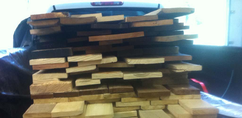 lumber-unloading.jpg