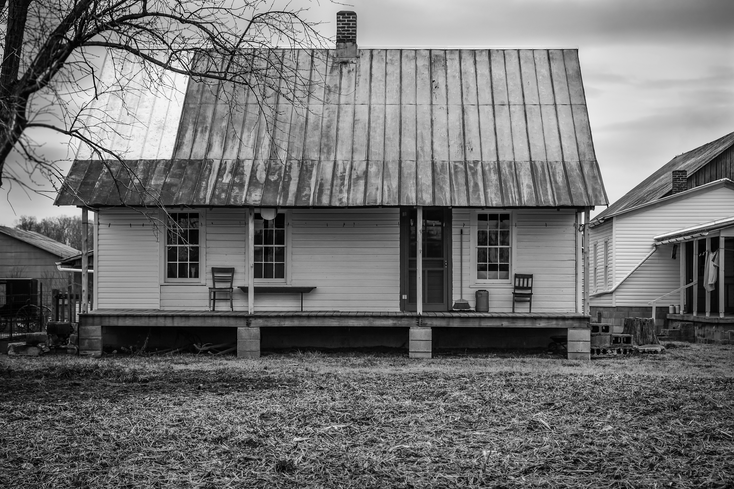 Amish Home BW 1 (1 of 1).jpg