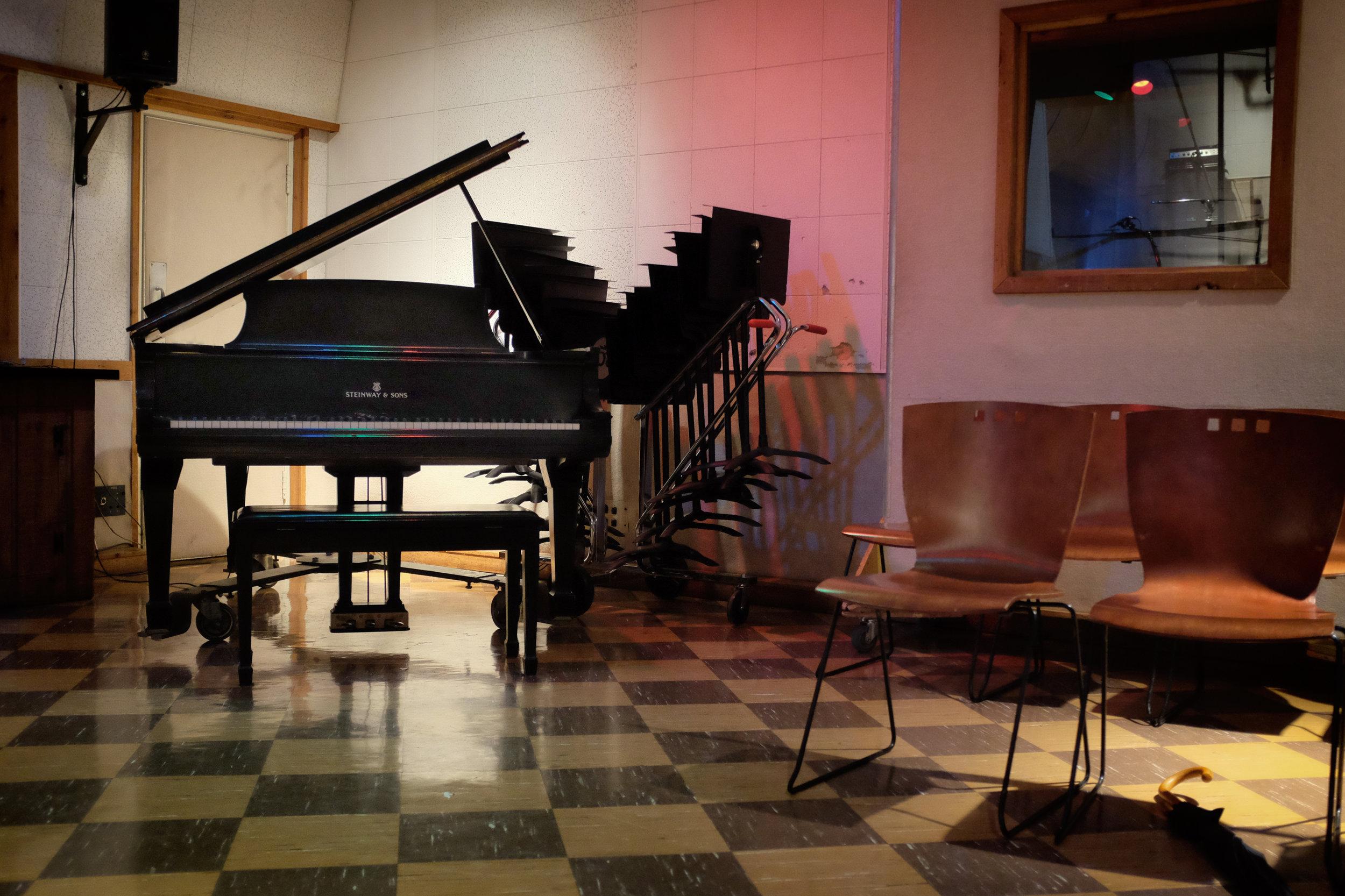 Elvis Piano (1 of 1).jpg