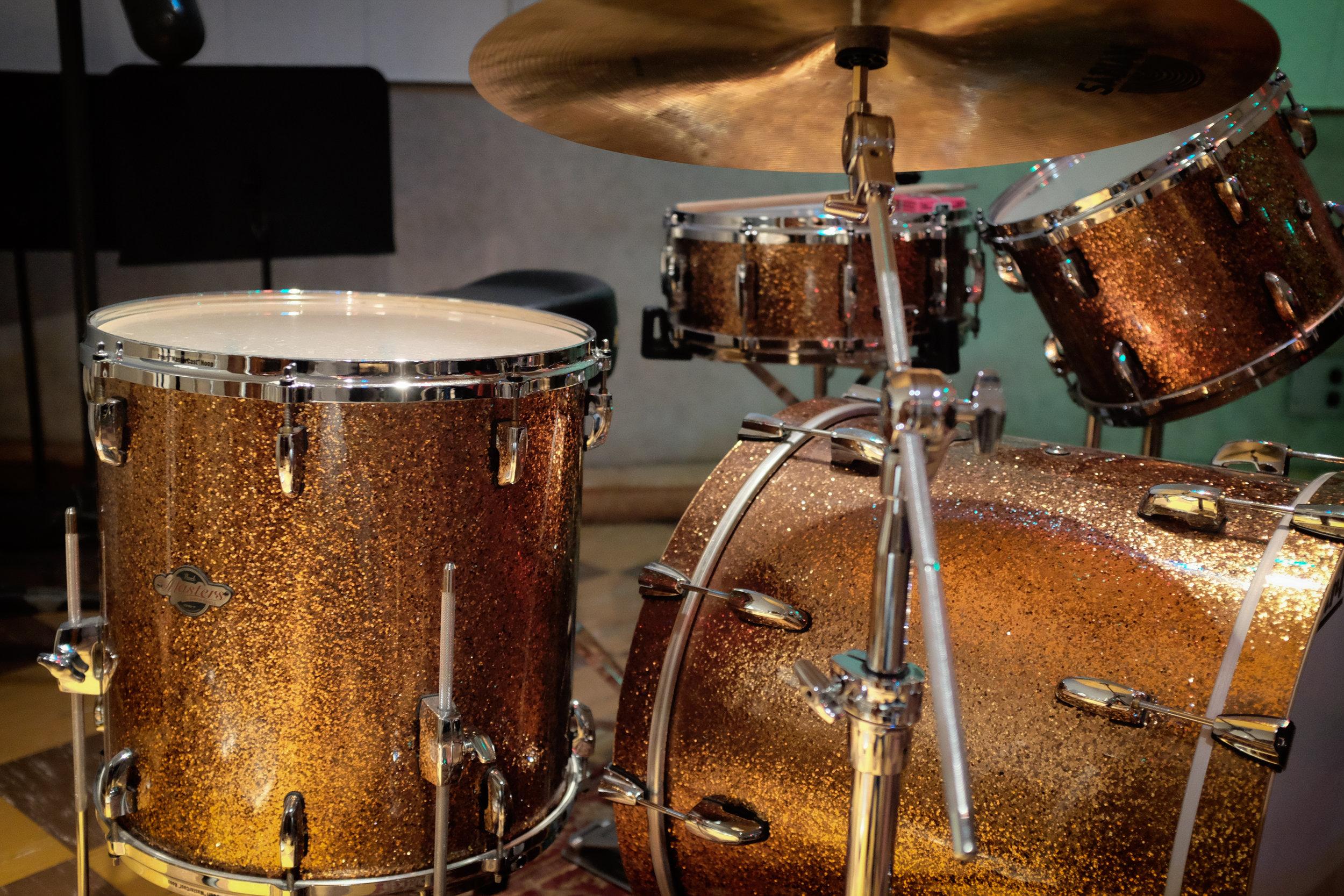 Studio B drums Pearl Masters (1 of 1).jpg