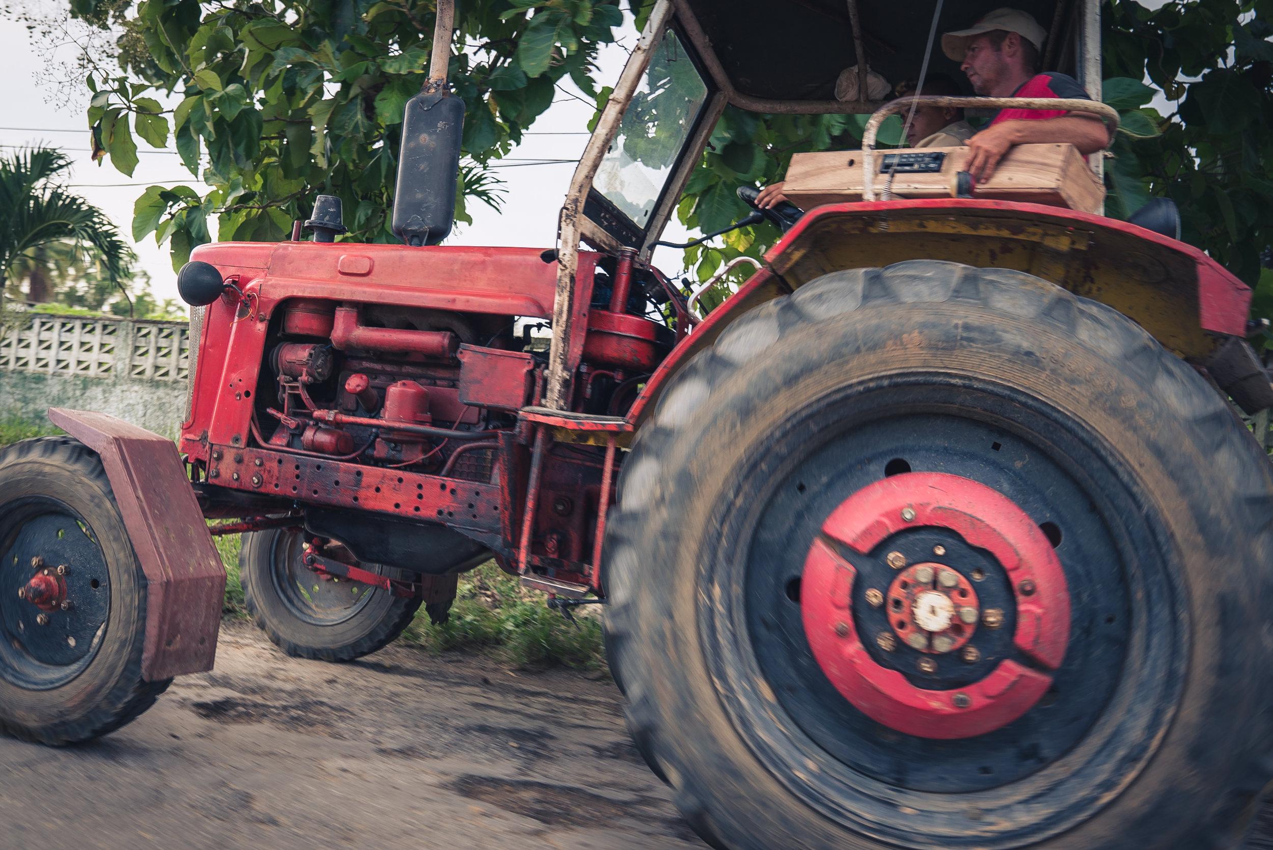 tractor (1 of 1).jpg