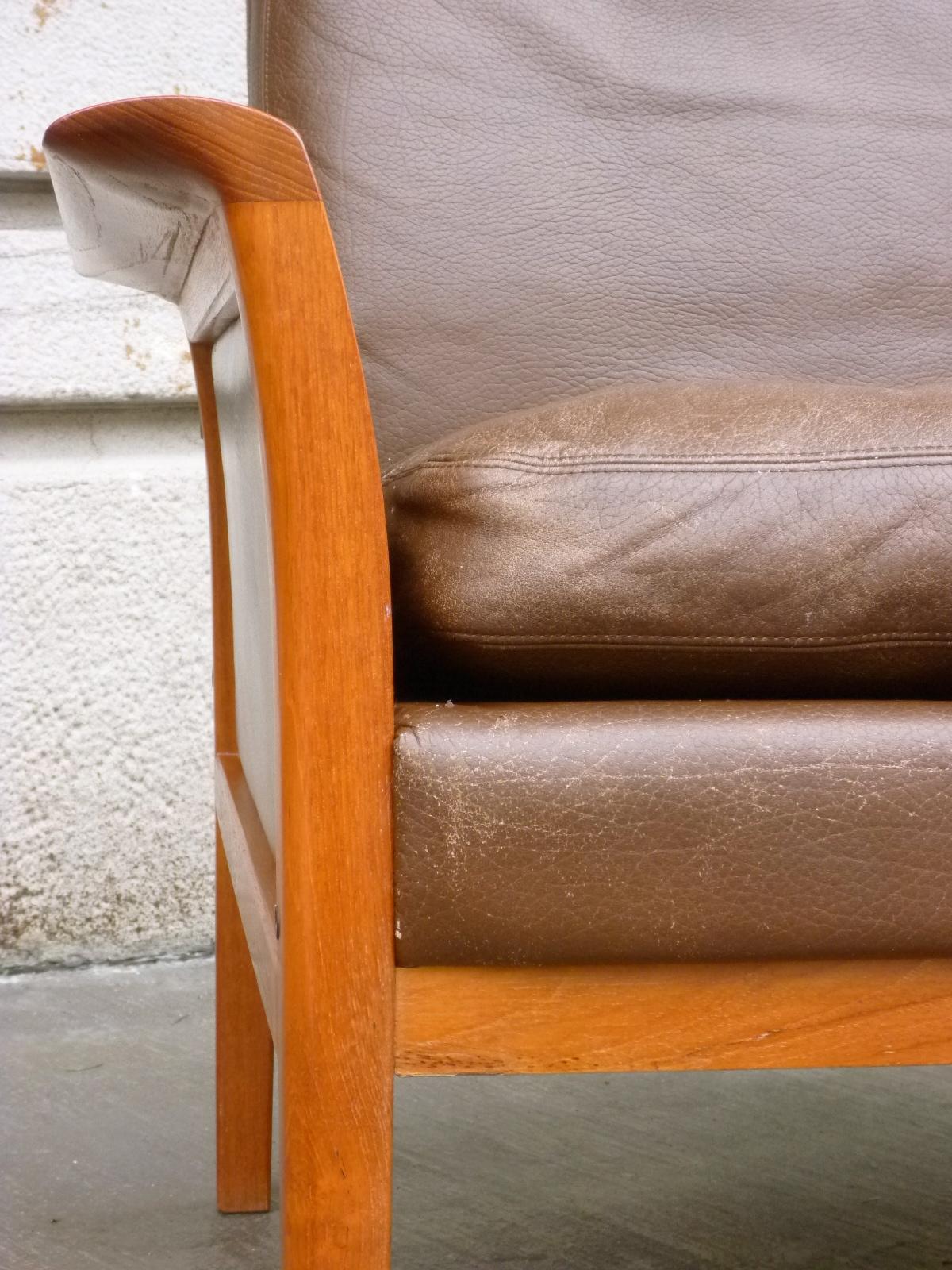 Hans Olsen leather sofa