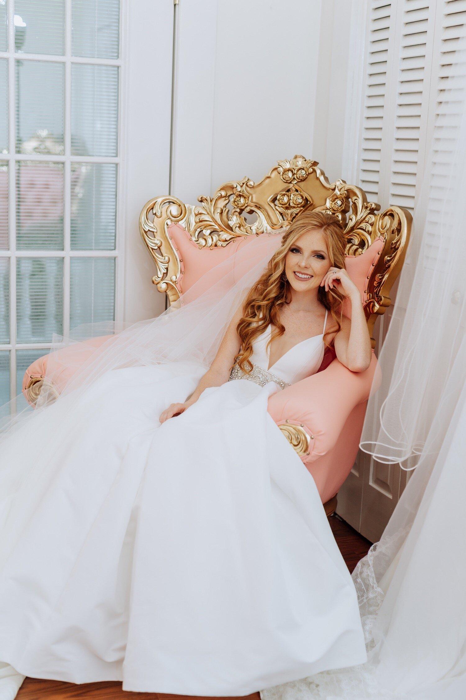 23_lifetolensphotography-113083_pink_secretgarden_session_bridals.jpg