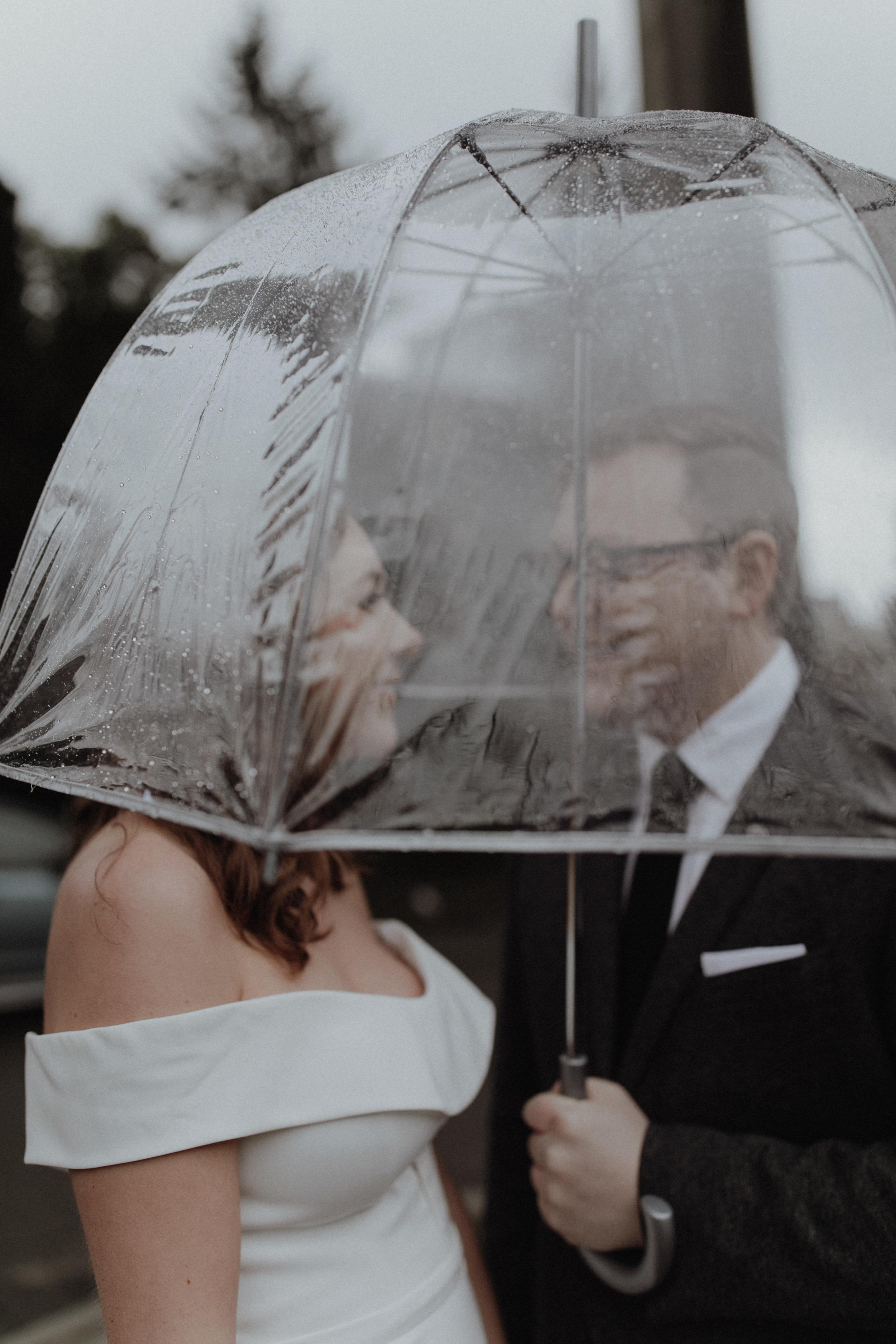 fremontfoundry_seattlewedding_oliviastrohmphotography-11.jpg
