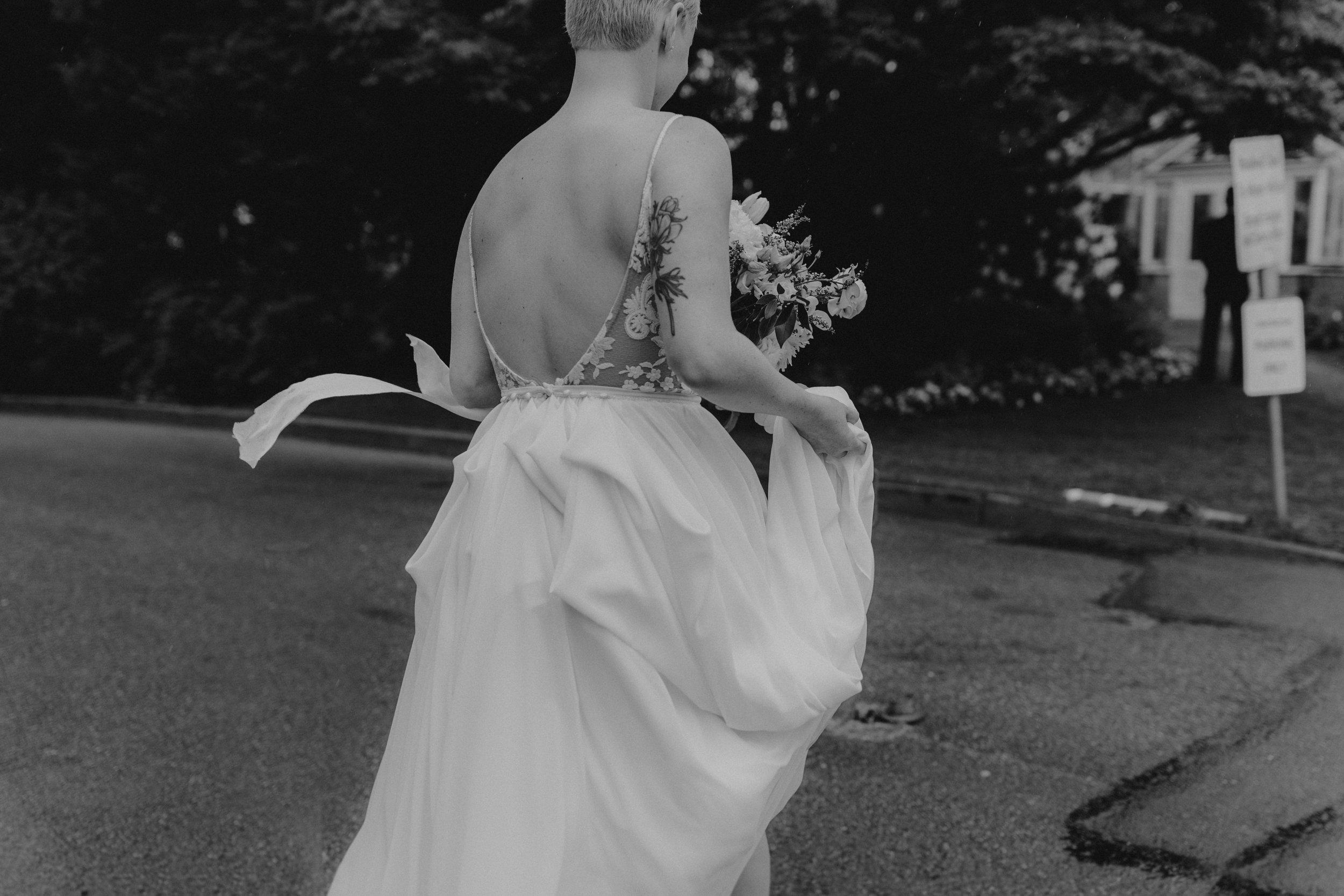 oliviastrohm_seattlewedding_canlis-25.jpg