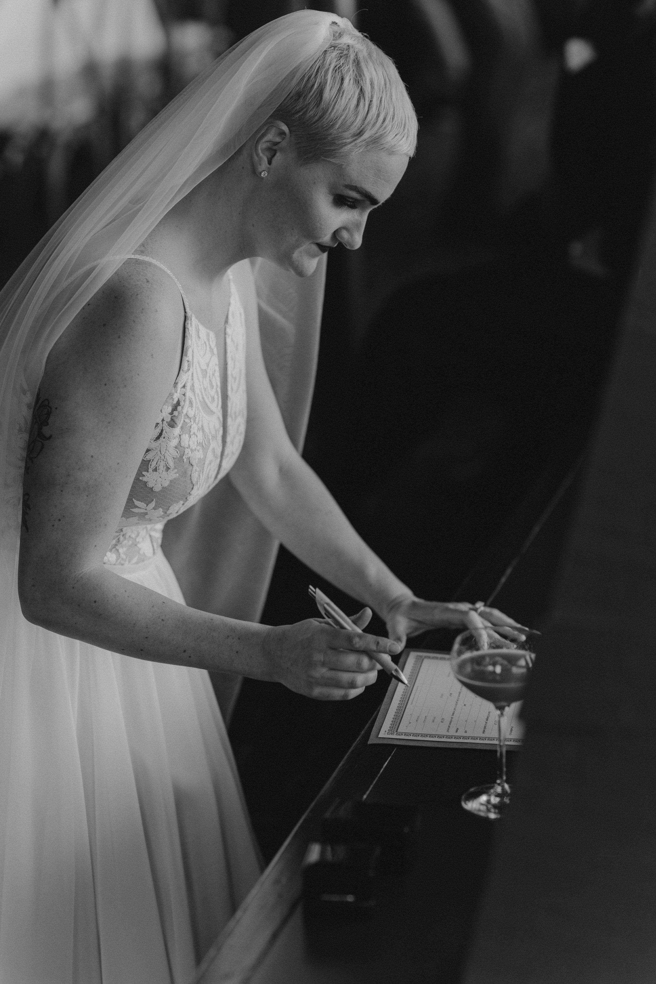 oliviastrohm_seattlewedding_canlis-107.jpg