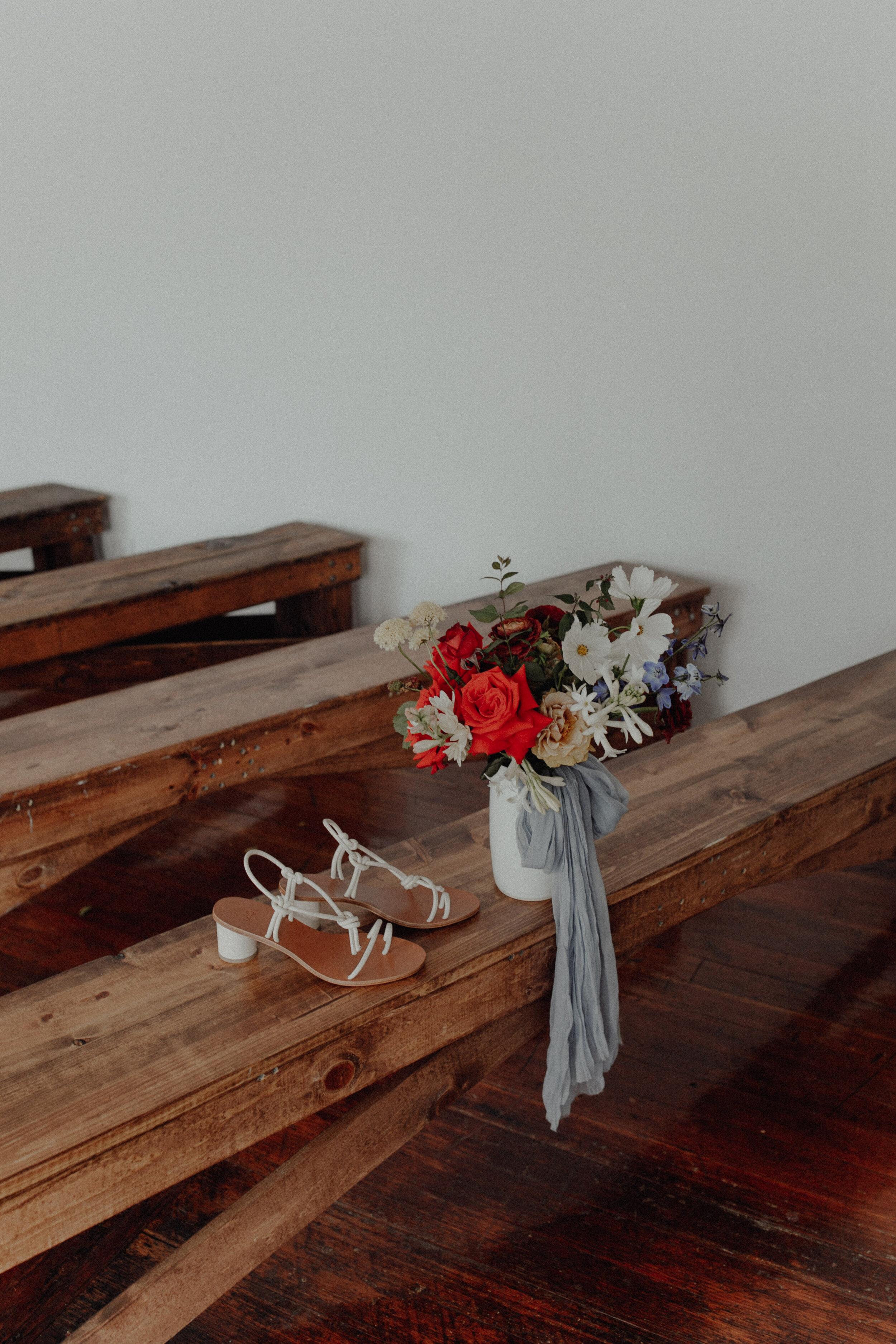 historiccedarschoolwedding_oliviastrohmphotography.jpg