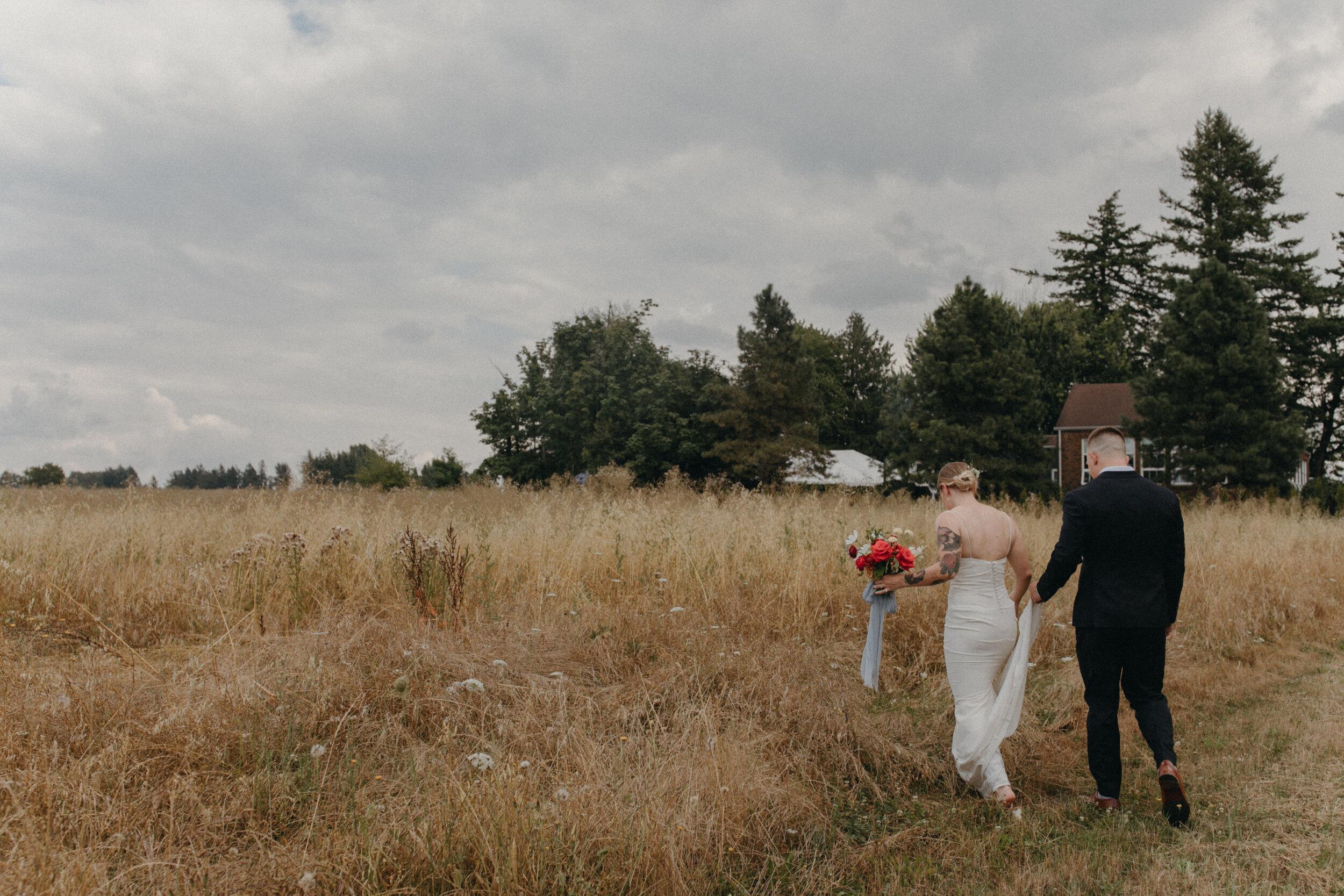 historiccedarschoolwedding_oliviastrohmphotography-45.jpg