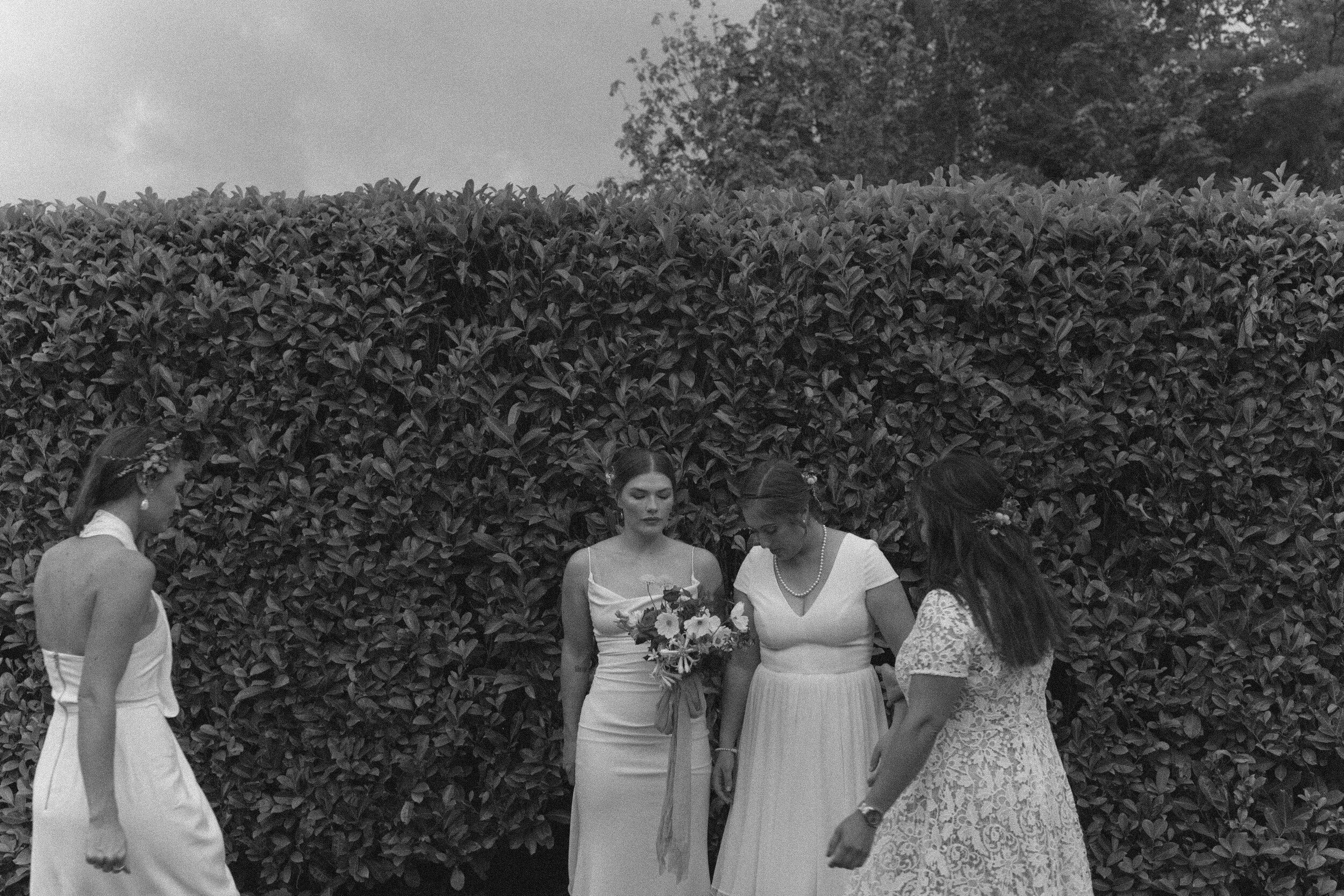 historiccedarschoolwedding_oliviastrohmphotography-85.jpg