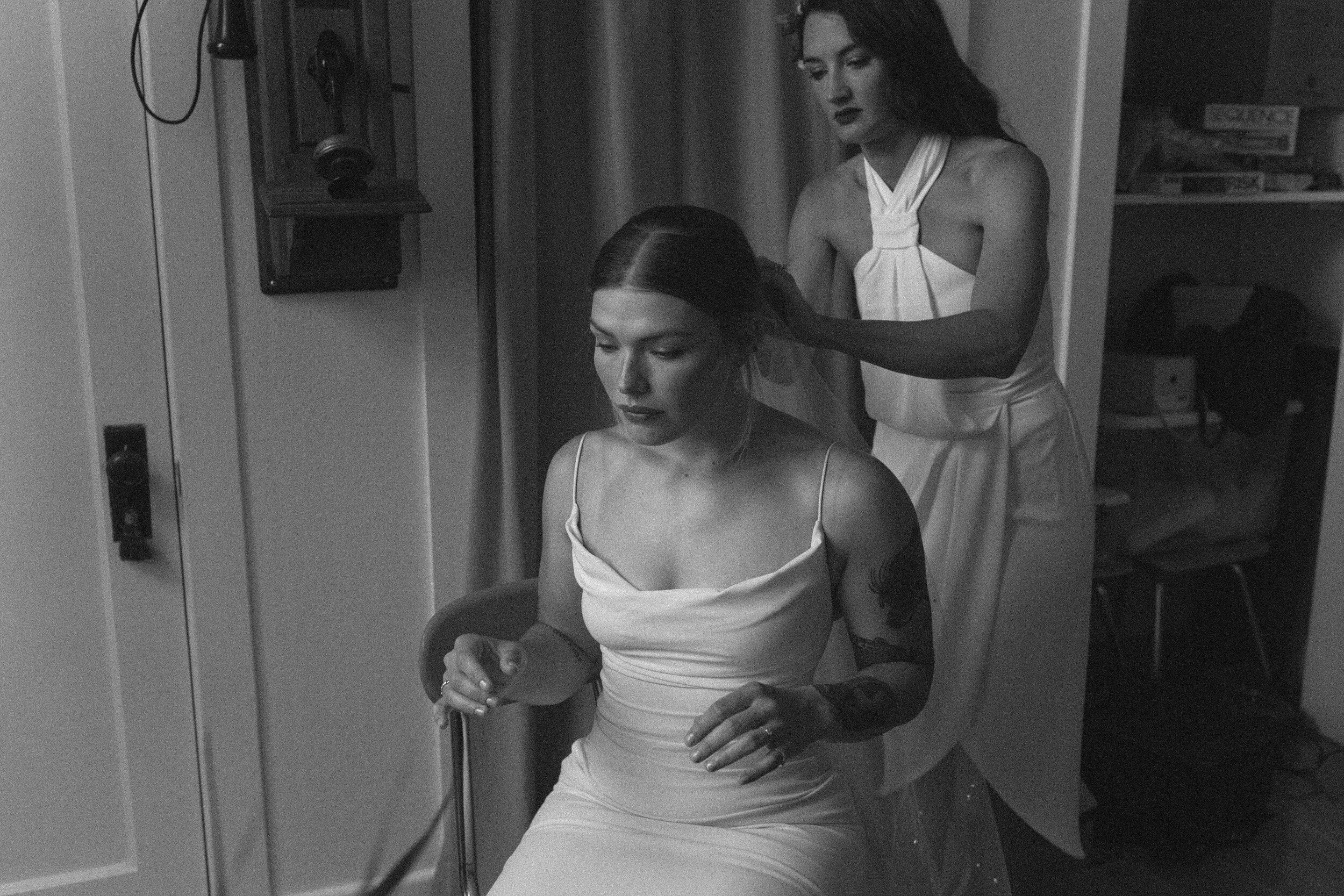 historiccedarschoolwedding_oliviastrohmphotography-99.jpg