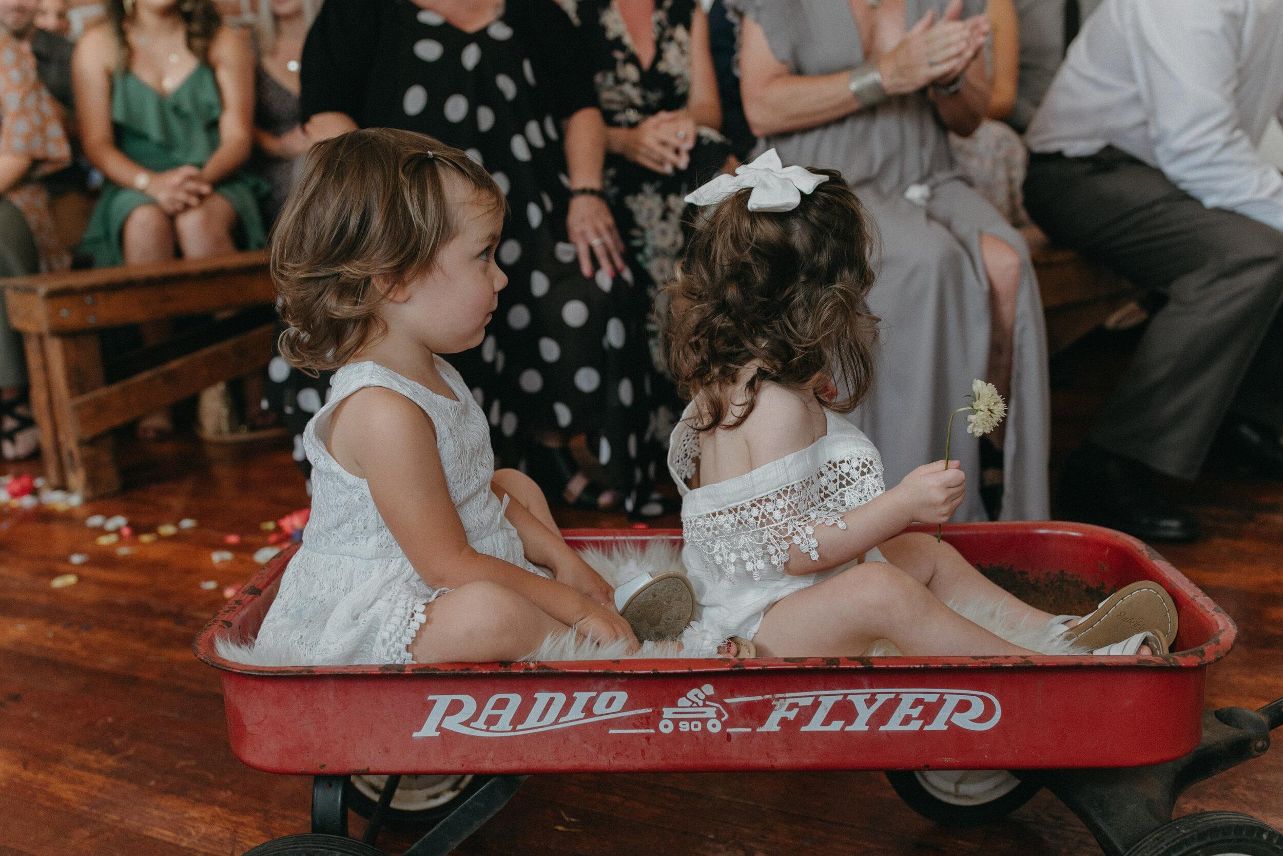 historiccedarschoolwedding_oliviastrohmphotography-102.jpg