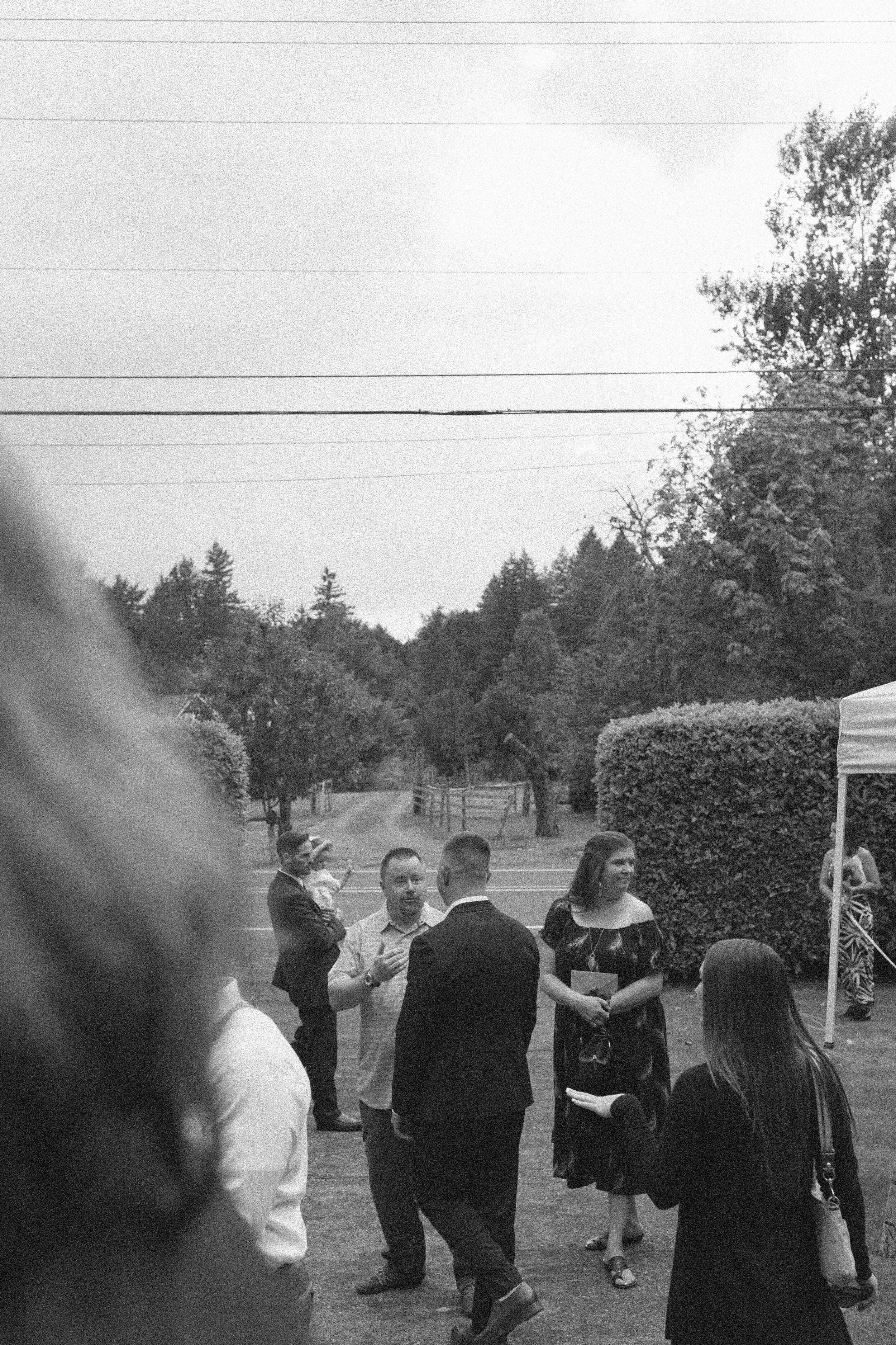 historiccedarschoolwedding_oliviastrohmphotography-120.jpg