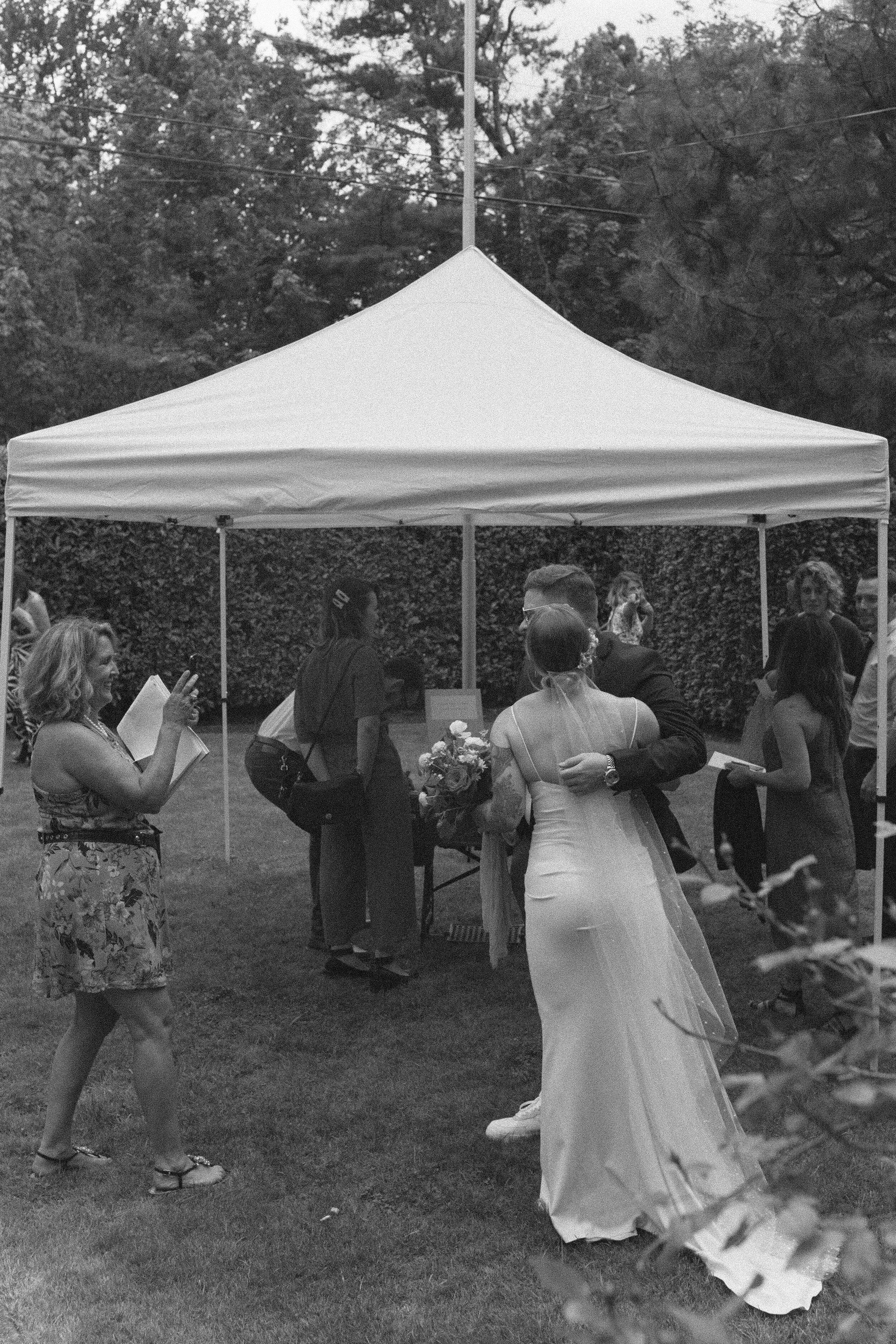 historiccedarschoolwedding_oliviastrohmphotography-121.jpg