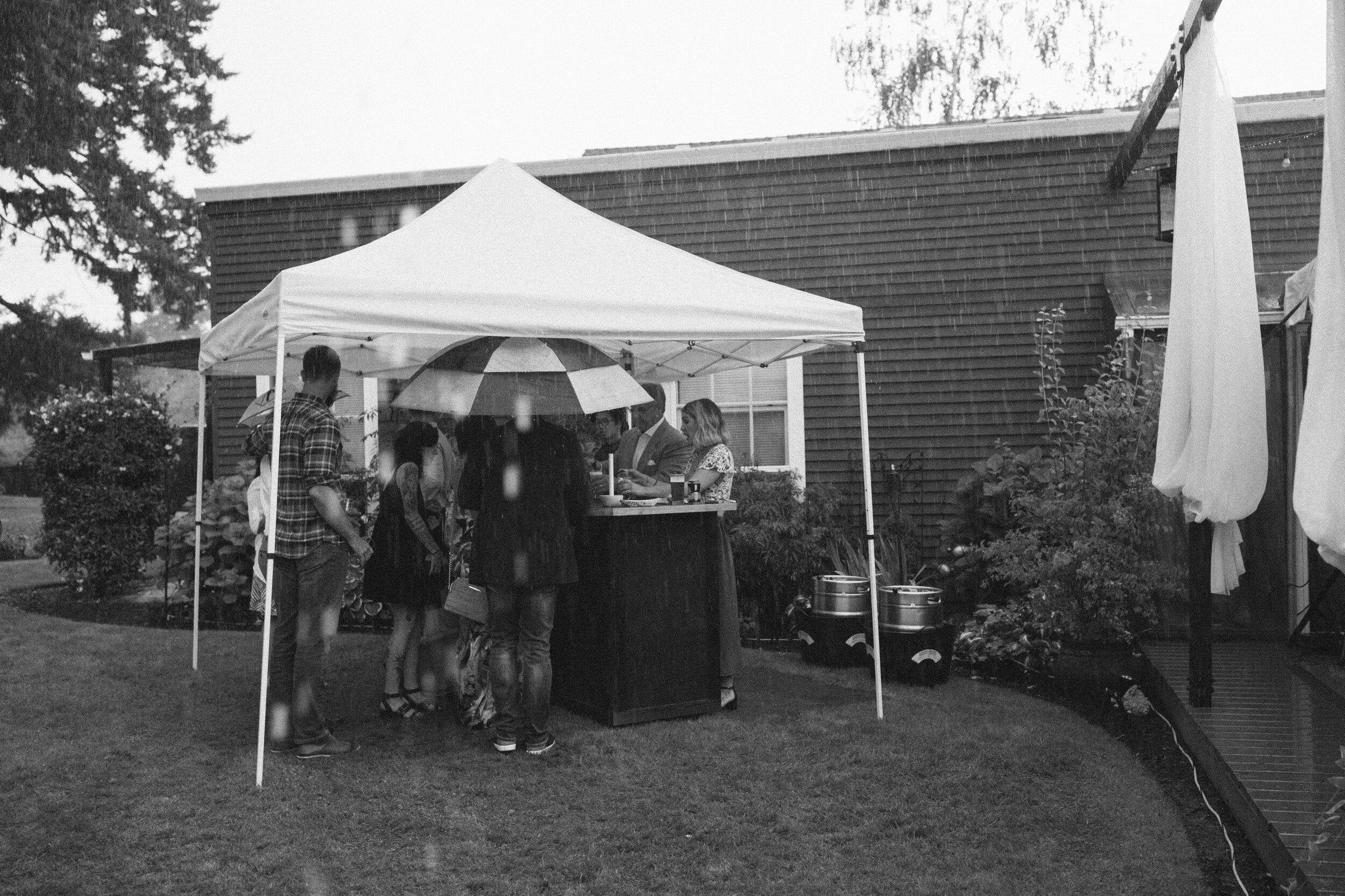 historiccedarschoolwedding_oliviastrohmphotography-144.jpg