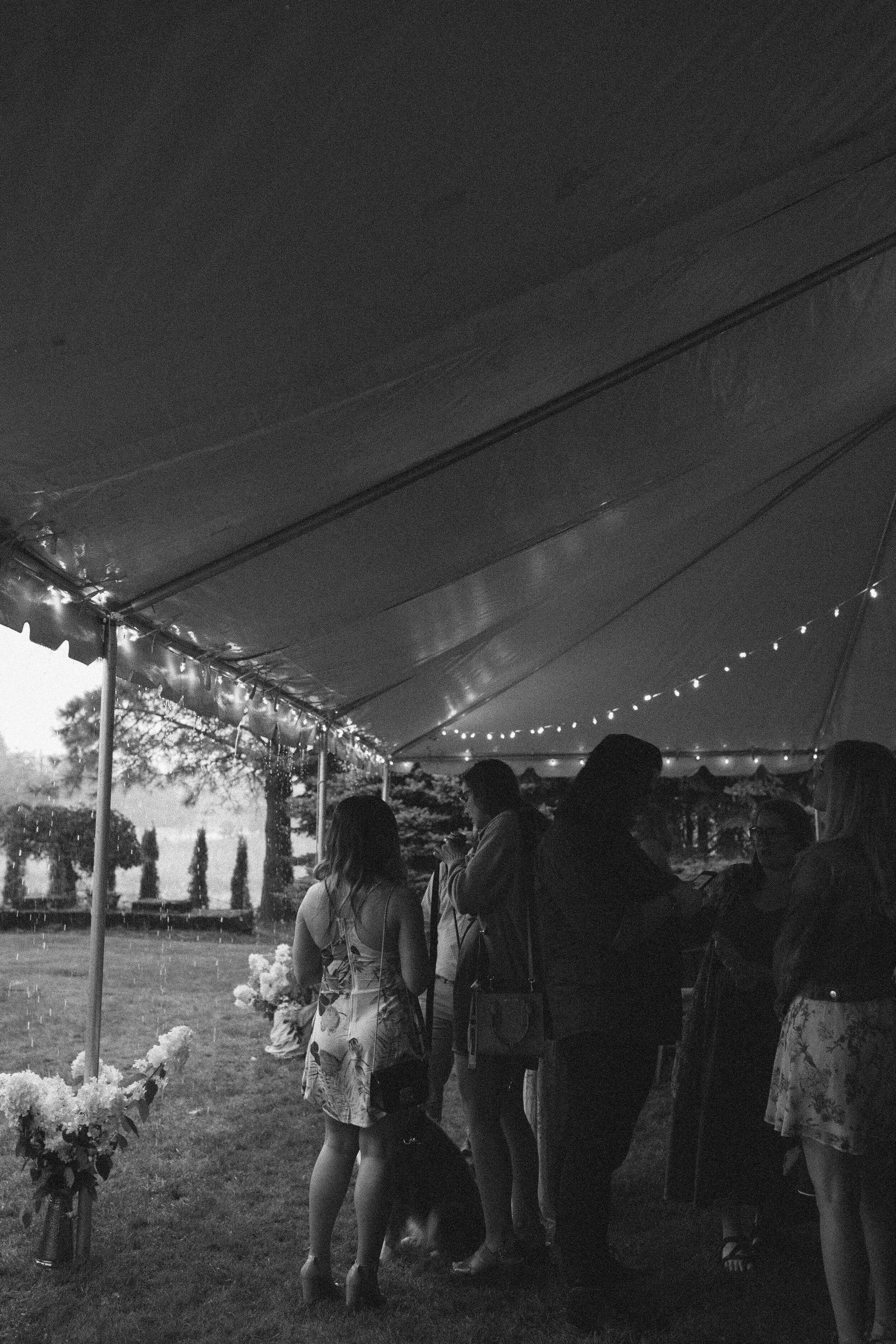 historiccedarschoolwedding_oliviastrohmphotography-145.jpg