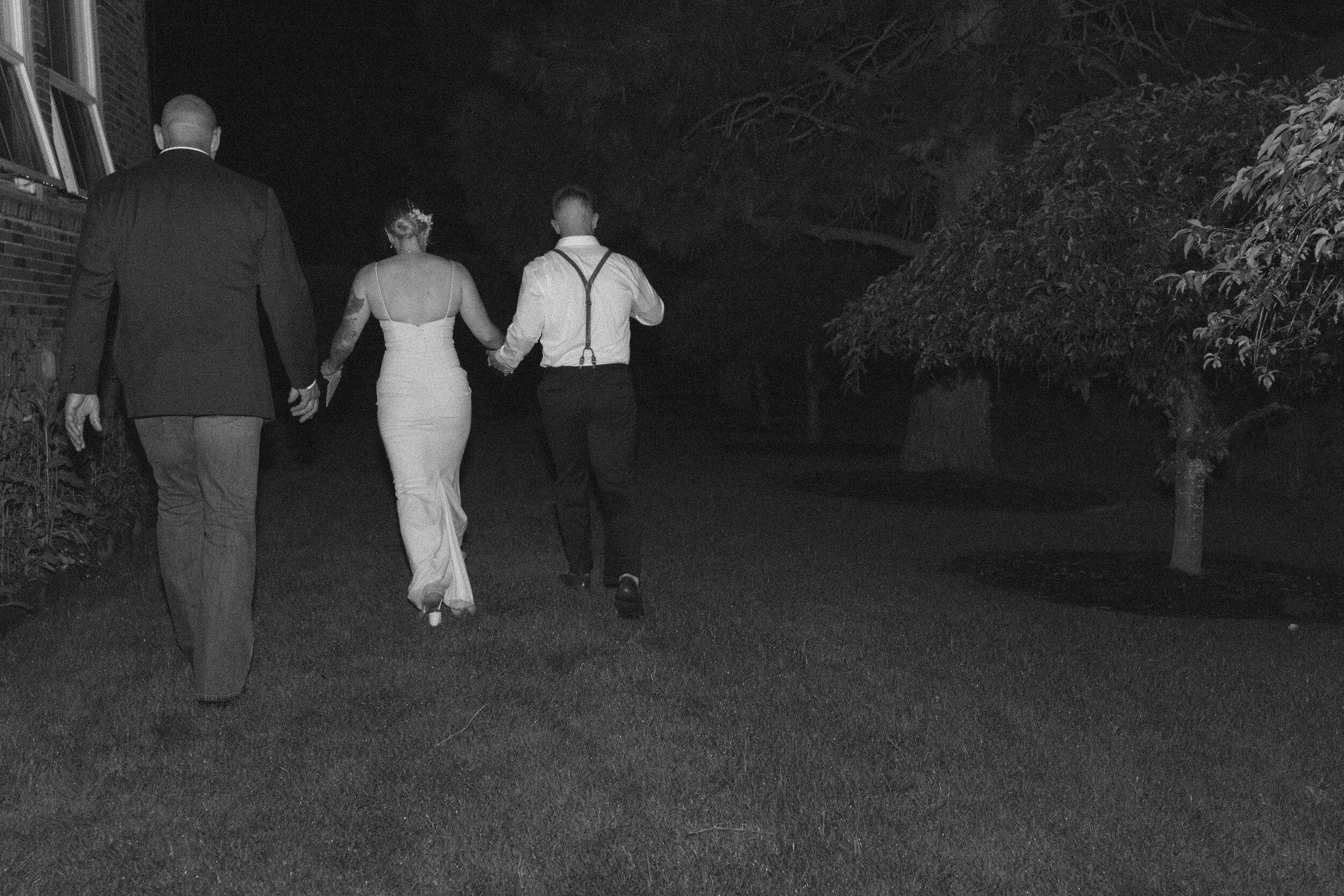 historiccedarschoolwedding_oliviastrohmphotography-173.jpg