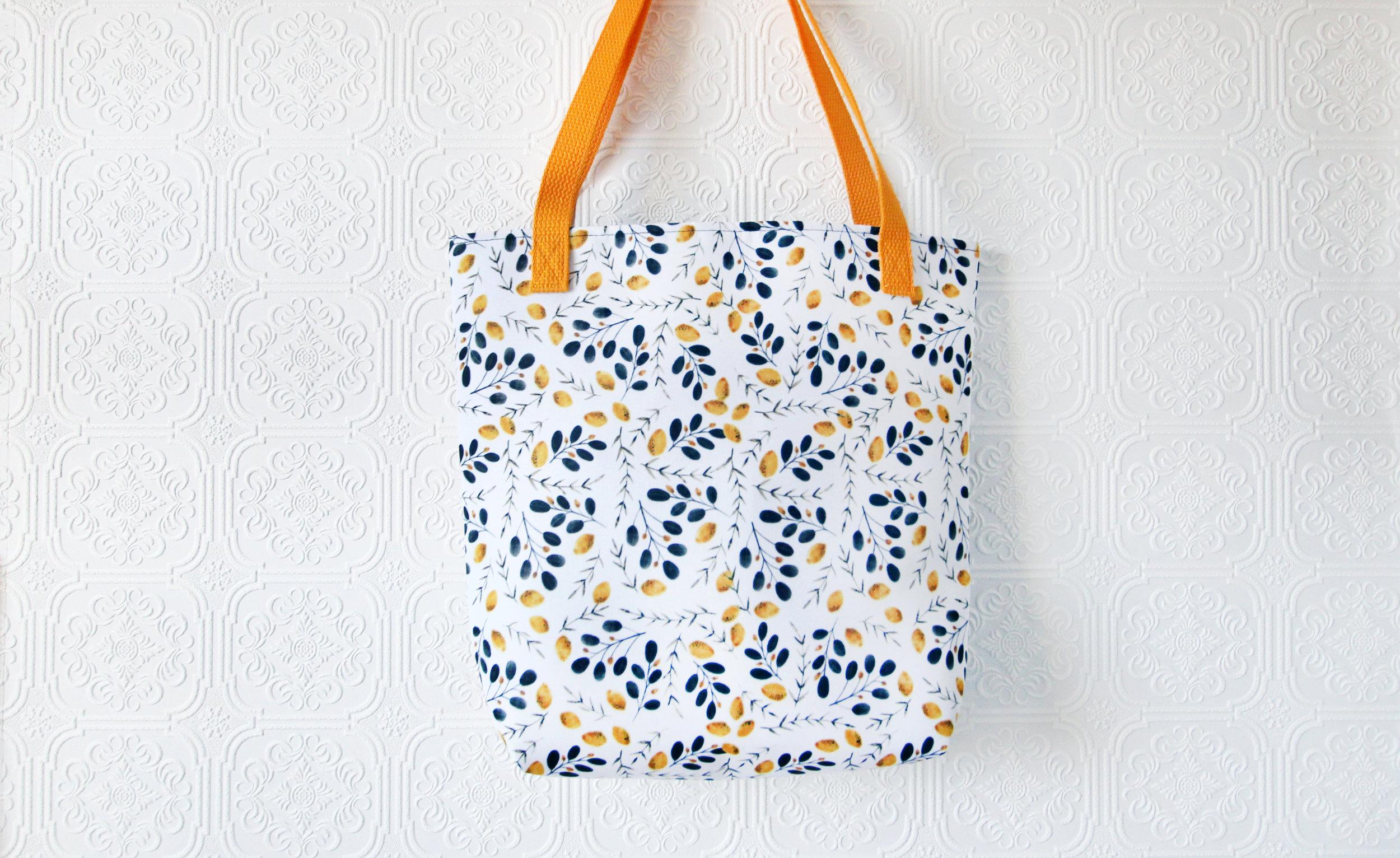Maryclarewilkie-Lemons-3-Totesbag-marketbag-purse-watercolour.jpg