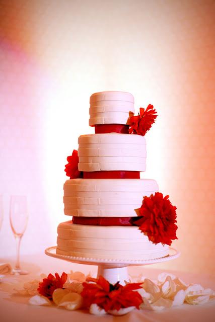 ESFAHANI609-cake.jpg