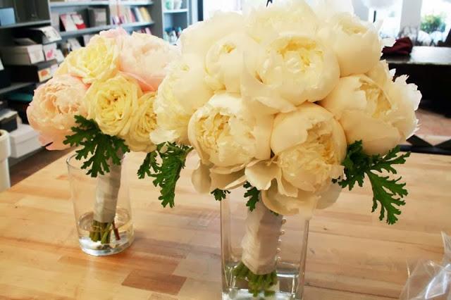 annie-bouquets.jpg