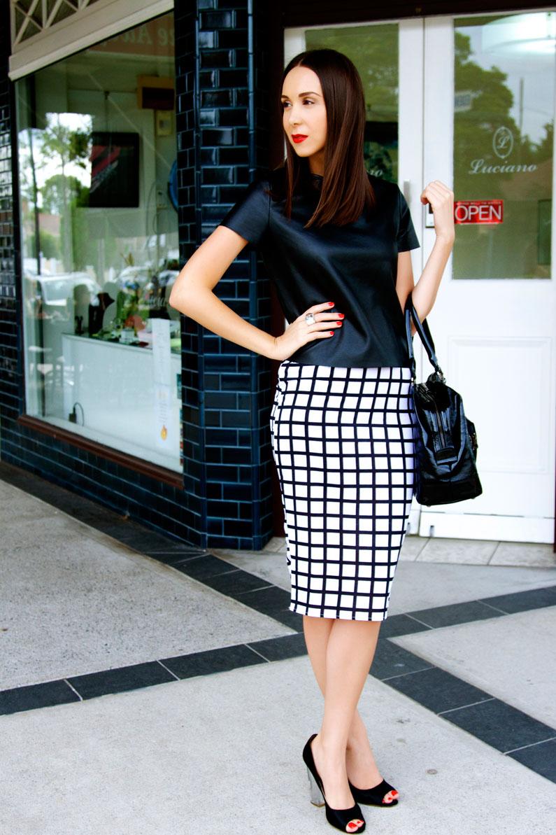minimalist-clothing.jpg