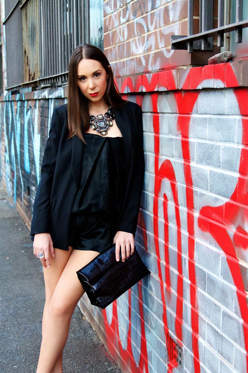 black-on-black-outfit..jpg