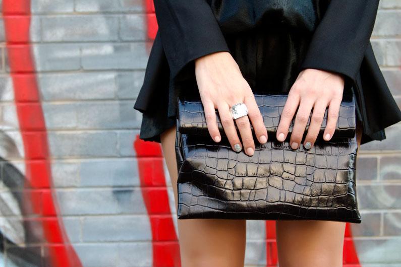 How-to-wear-black-on-black.jpg