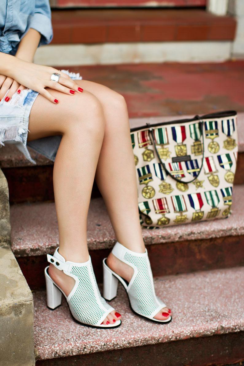 denim-skirts-outfit.jpg