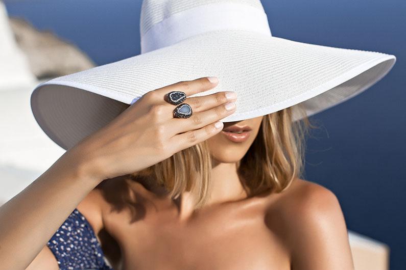 big-white-hat.jpg