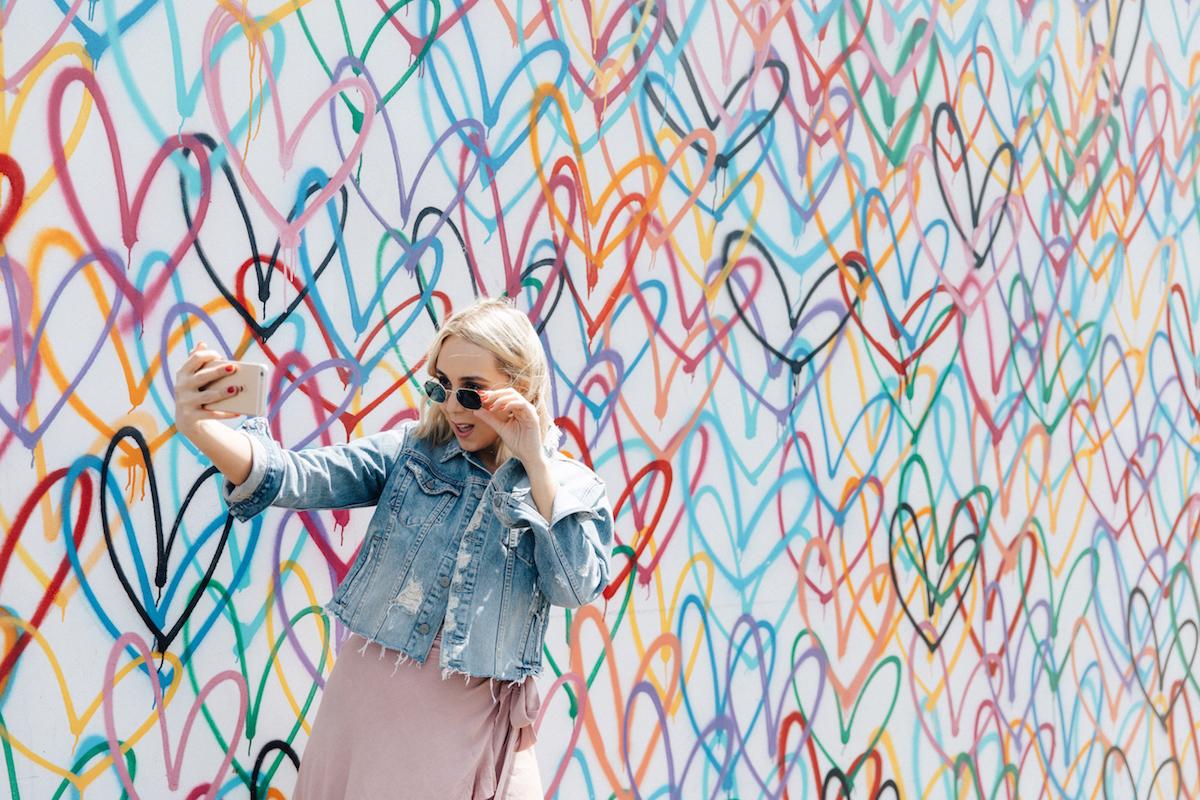 Bardonna-Love-Wall.jpg