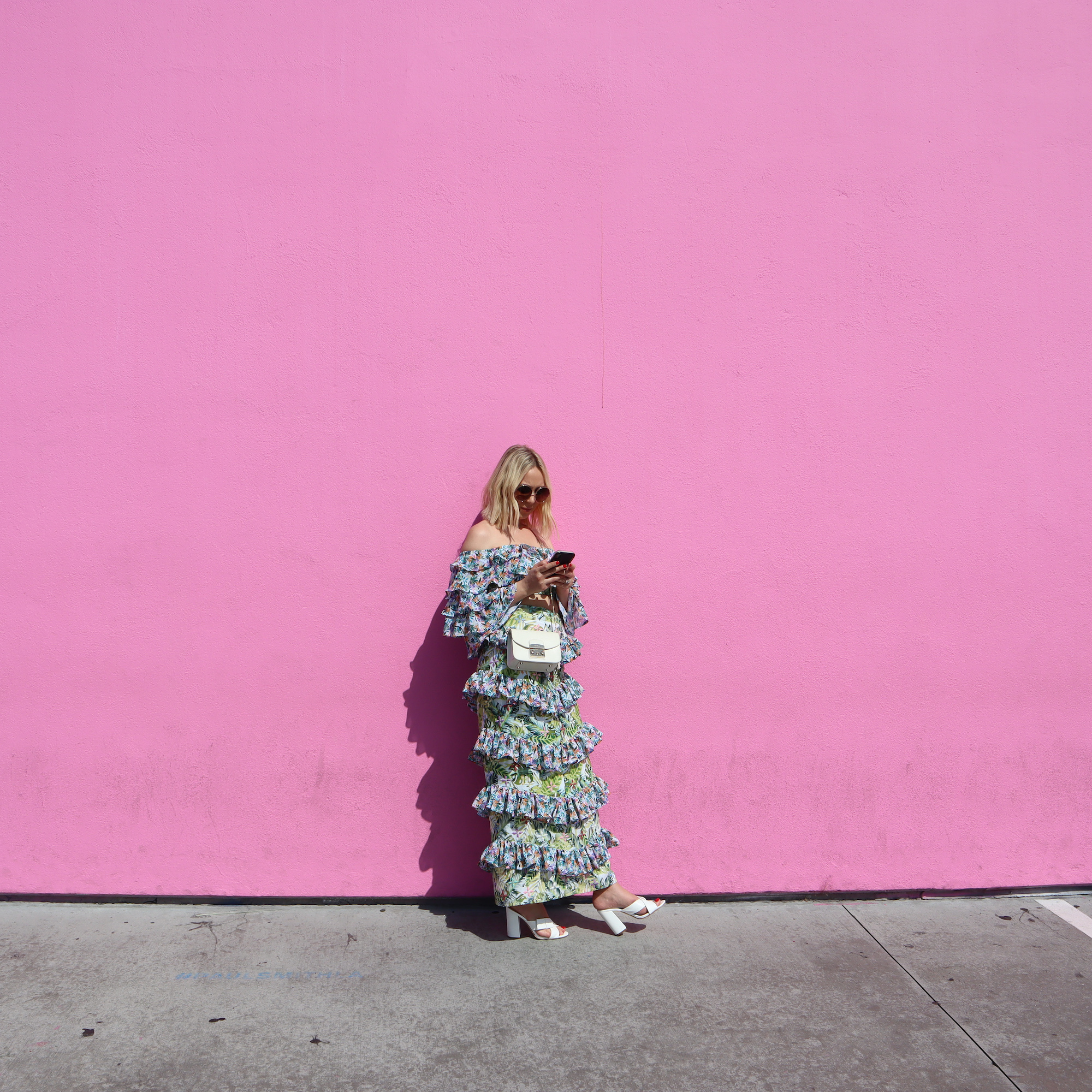 the-pink-wall-la.jpg
