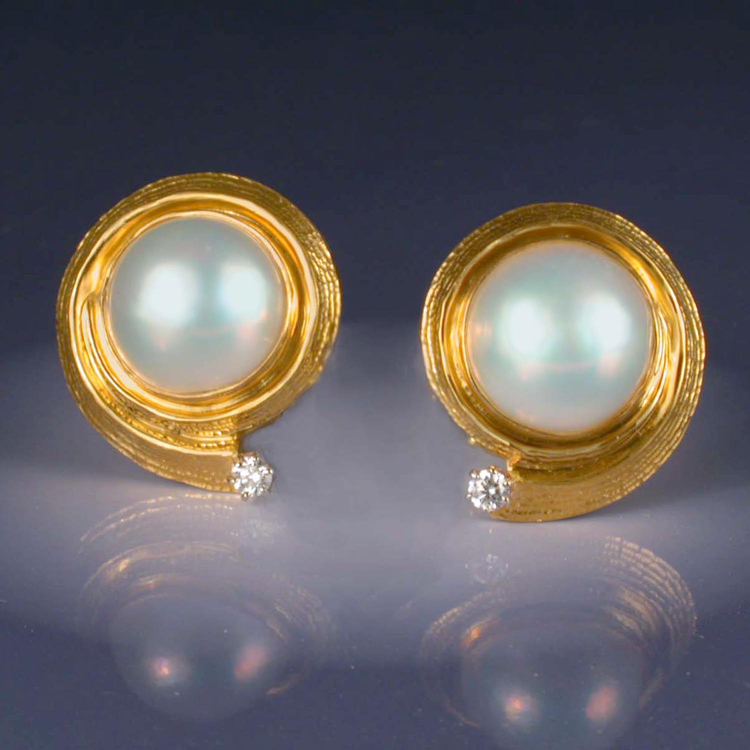 Cheri Pearl Earrings