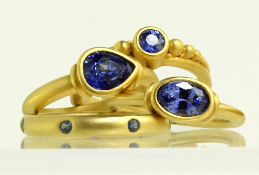 22 and 20 karat gold rings with sapphires -- click on photos to enlarge