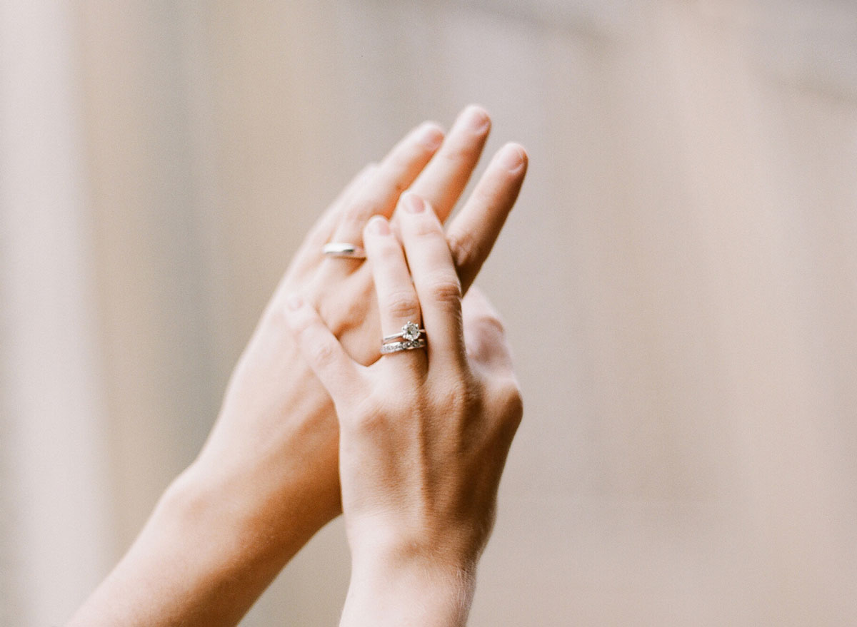 photo-of-rings-swiss-wedding-photographer
