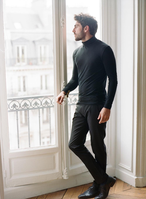 film-photographer-in-Paris