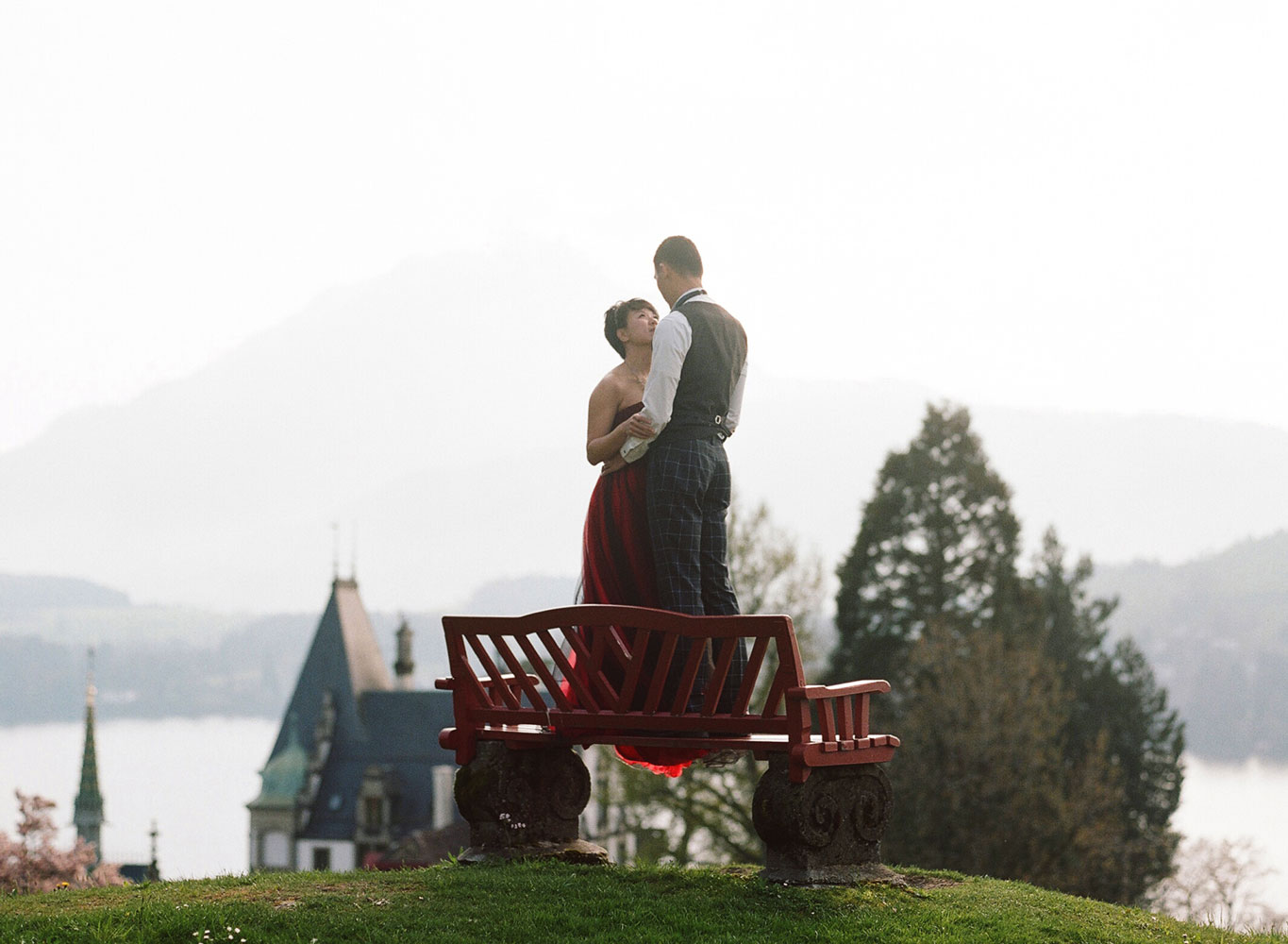 Minnie-William-prewedding-pictures-Interlaken-Luzern-10.jpg