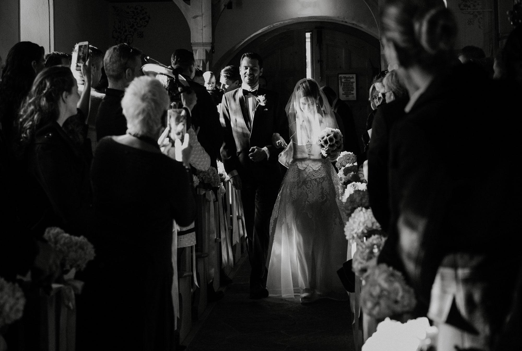 karin_tom_Gstaad_wedding-7.jpg