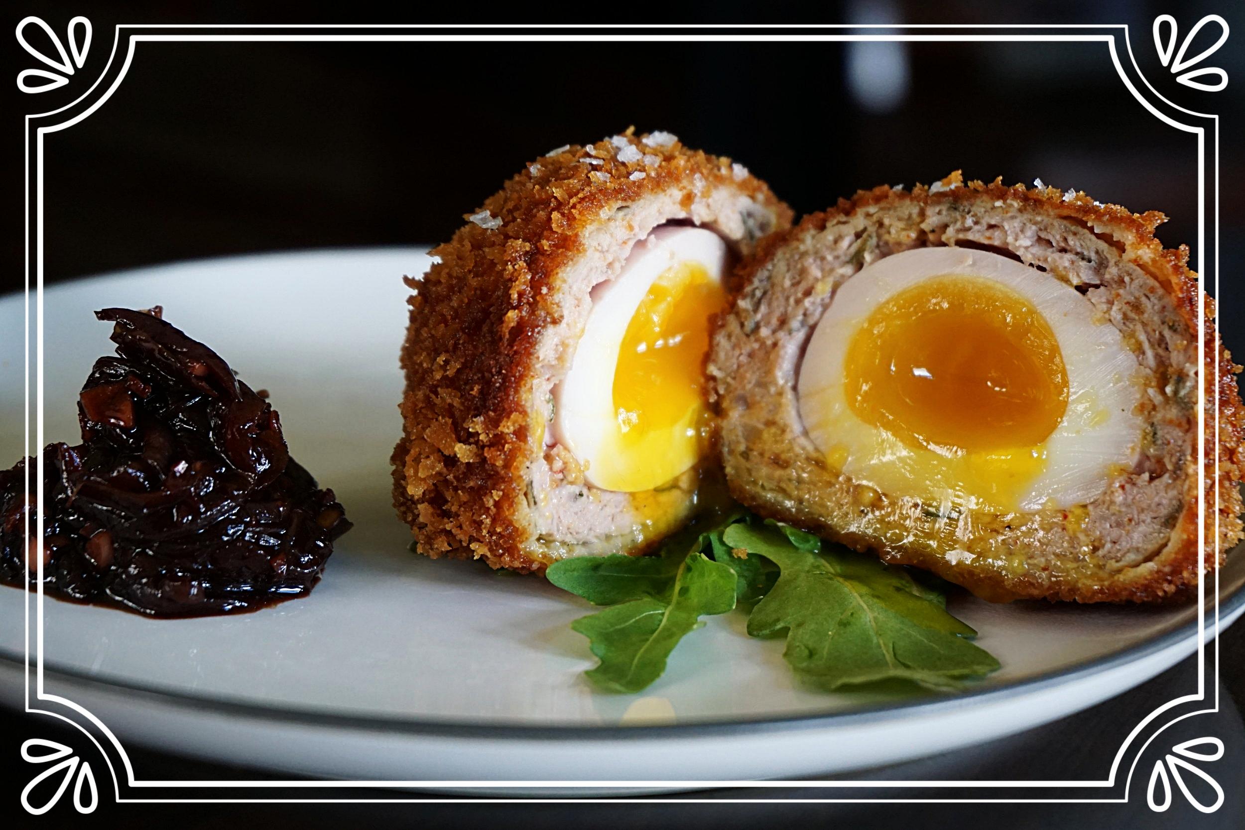 Scotch Egg (Cut)