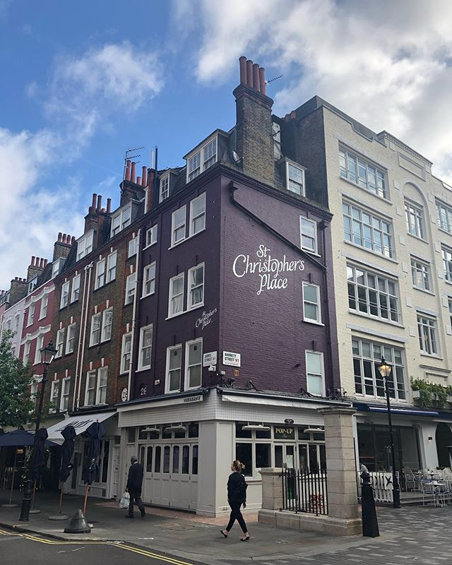St Christopher's Place 🎨💪 - #breadcollective #handpainted #alwayshandpaint #signpainting #mural #london #stchristophersplace