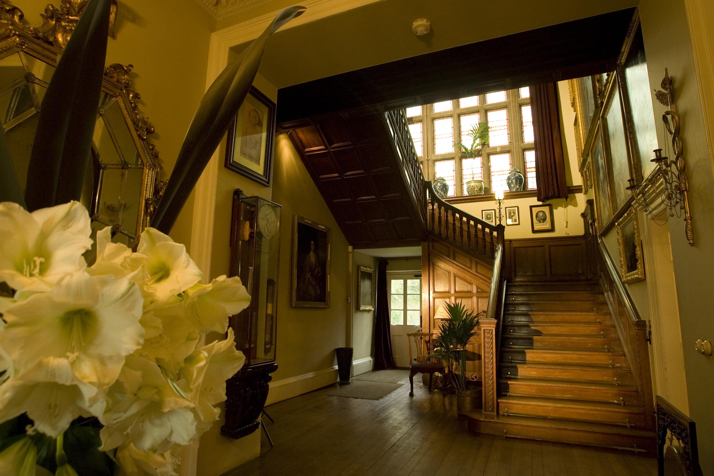Bradley House Entrance Hall-Stairs-019.jpg