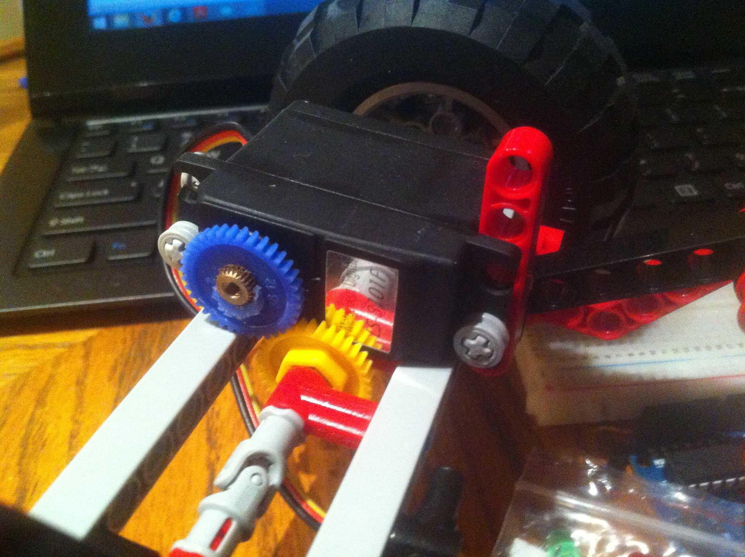 Drive shaft servo mounted