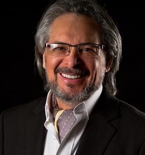 Dr. René Peñalba