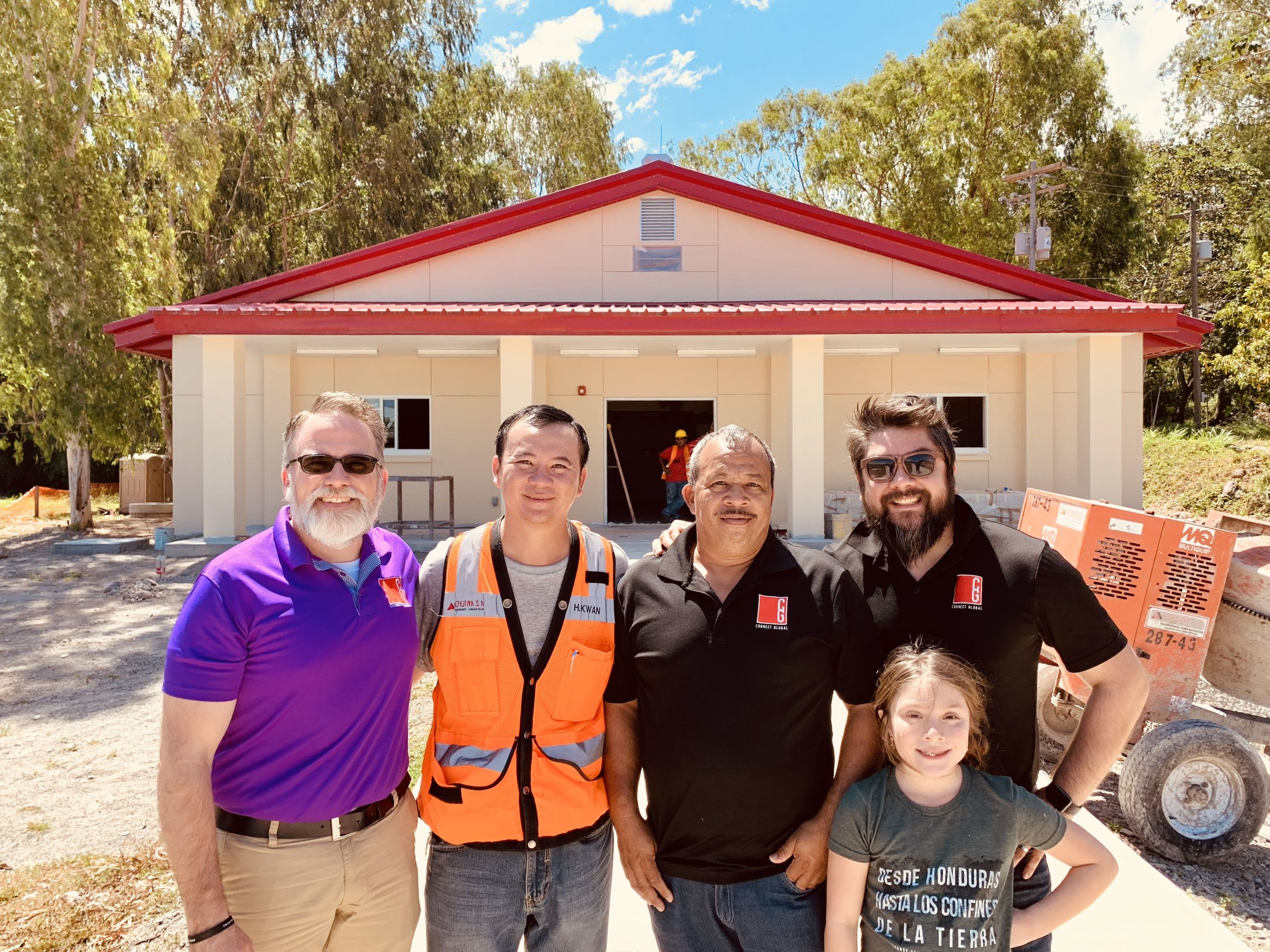 Connect Global Team( L-R Travis Moffitt, Jorge Amador, Javier Mendoza, & Saige Mendoza) with Head Foreman and Contractor for ETERNA, Humberto Kwan Yan, March 2019