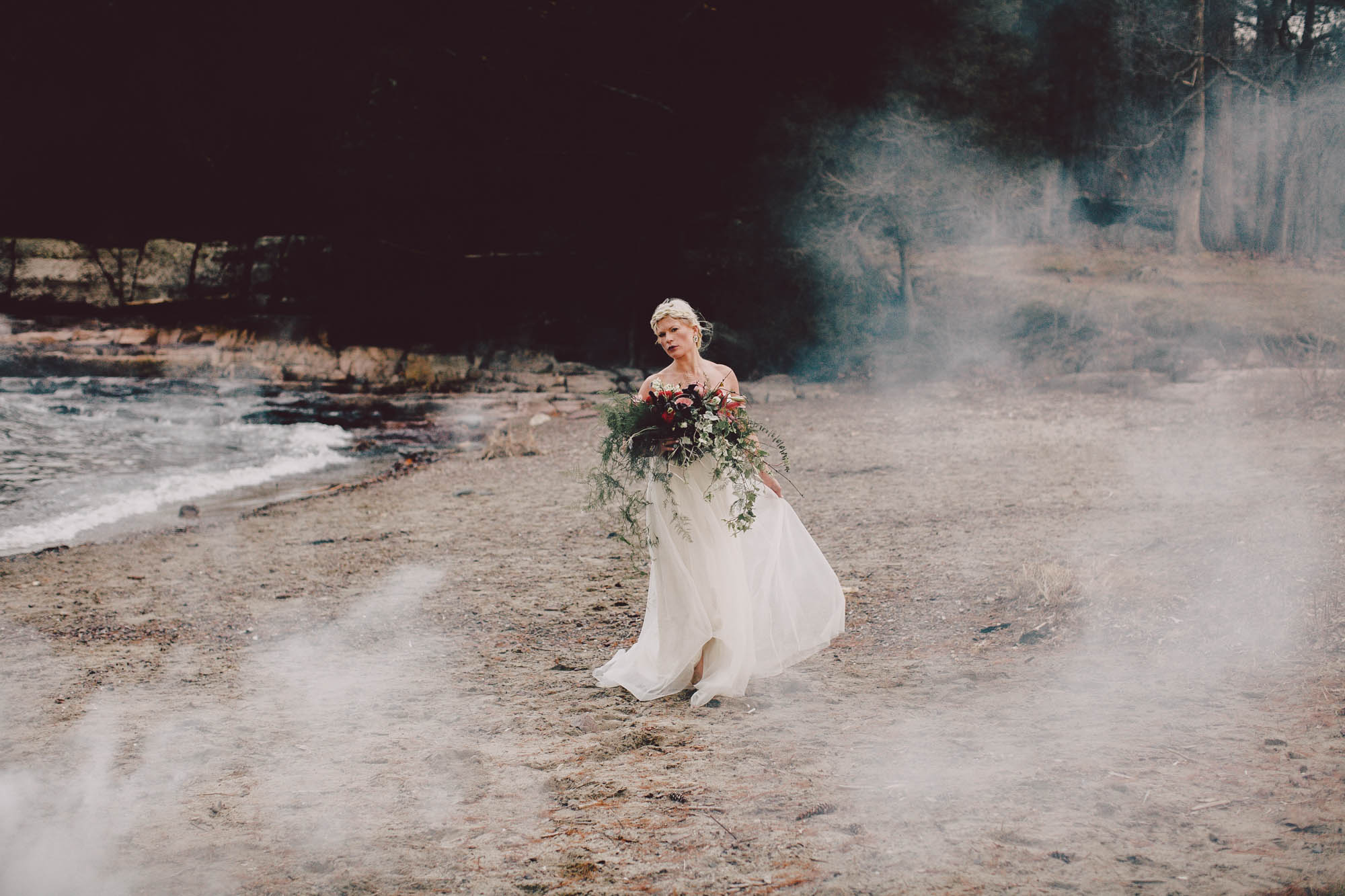 burlington vermont elopement moody boho lake champlain smoke bombs