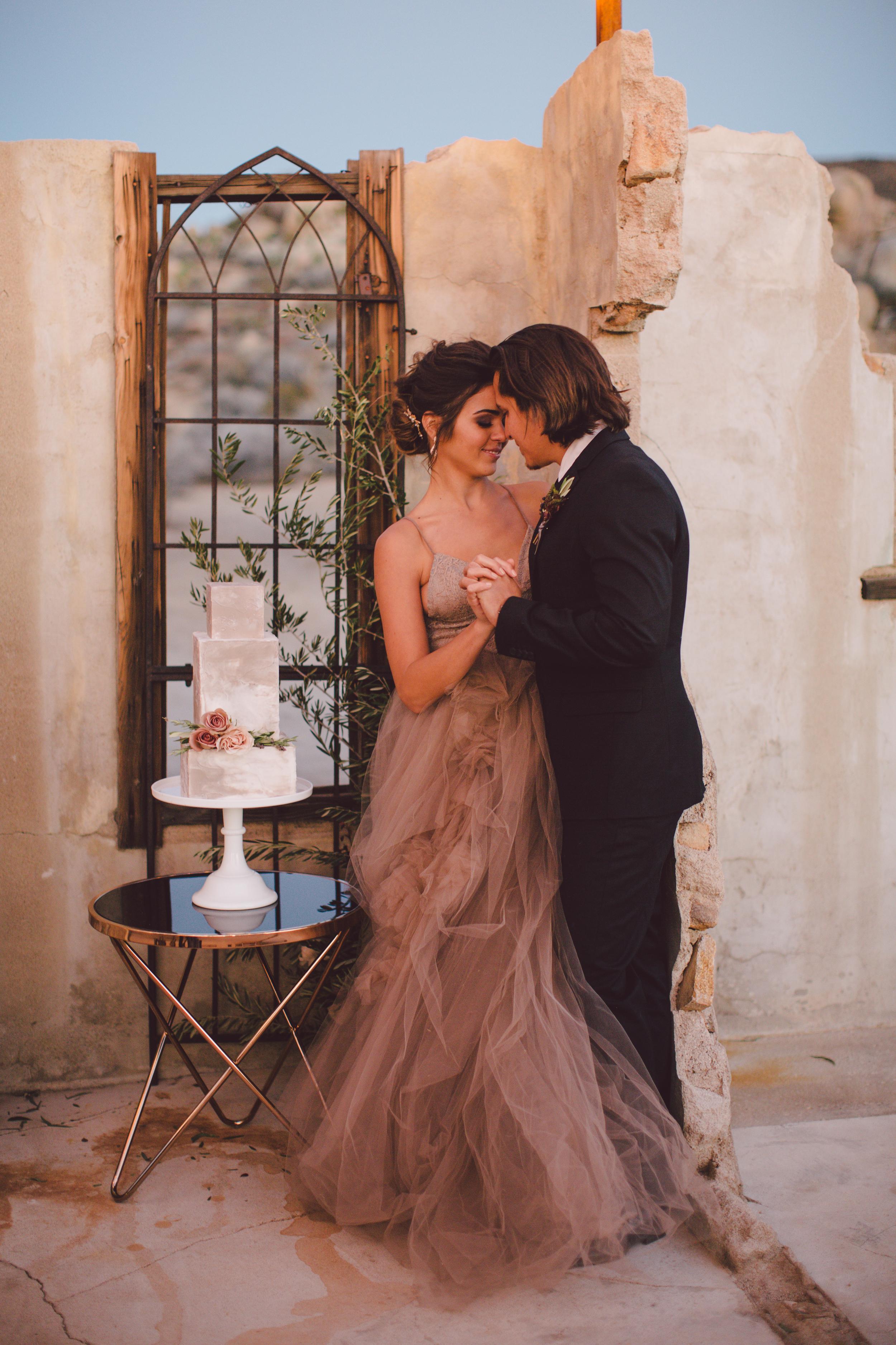 The ruin joshua tree yucca valley elopement wedding