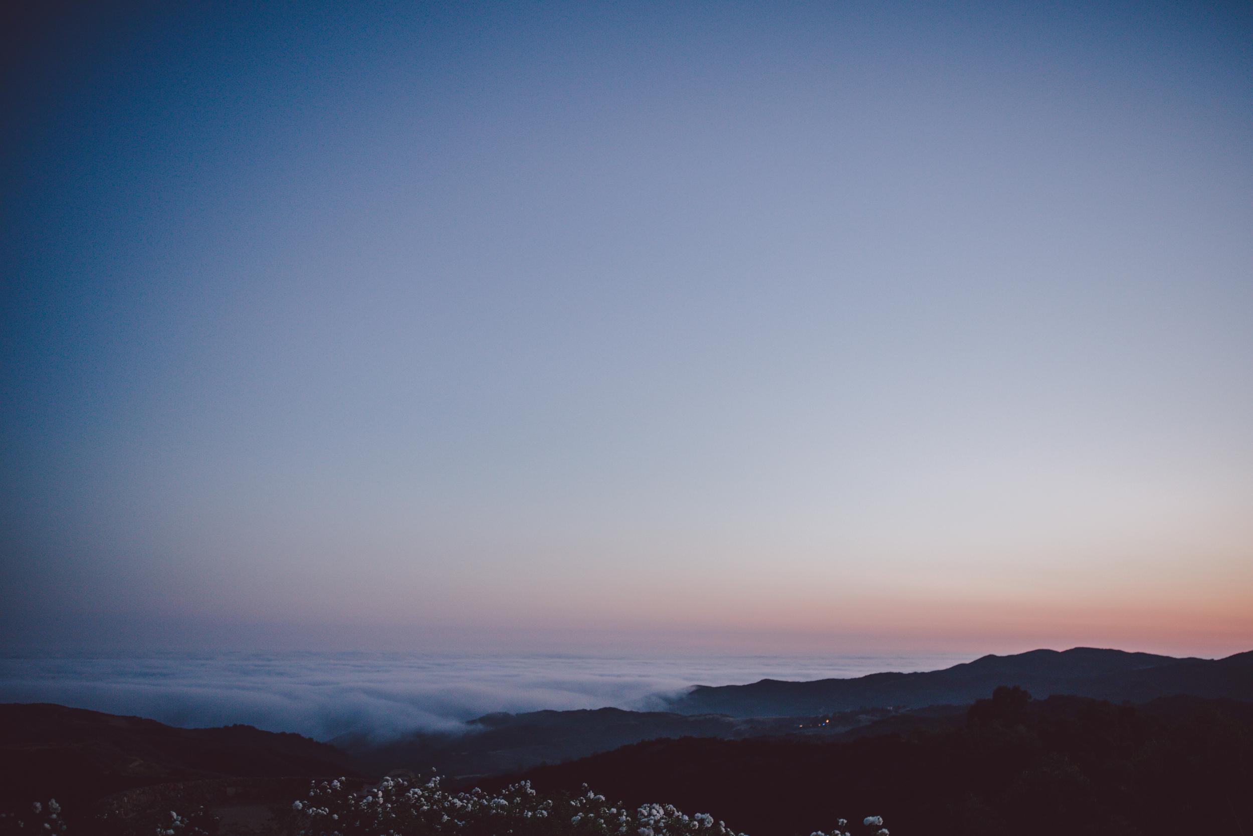 malibu-stonewall ranch-sunset-adventure-couple