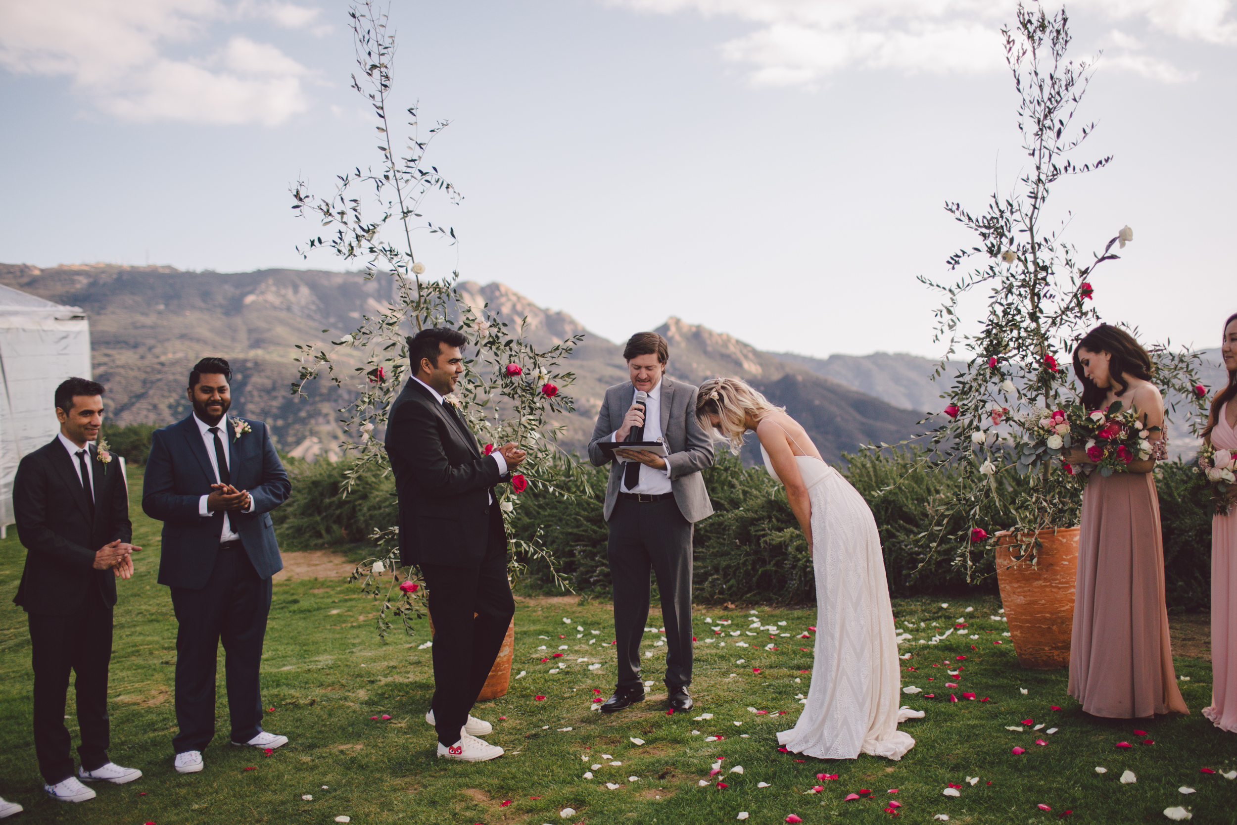 malibu-wedding-mountains-backyard-private estate