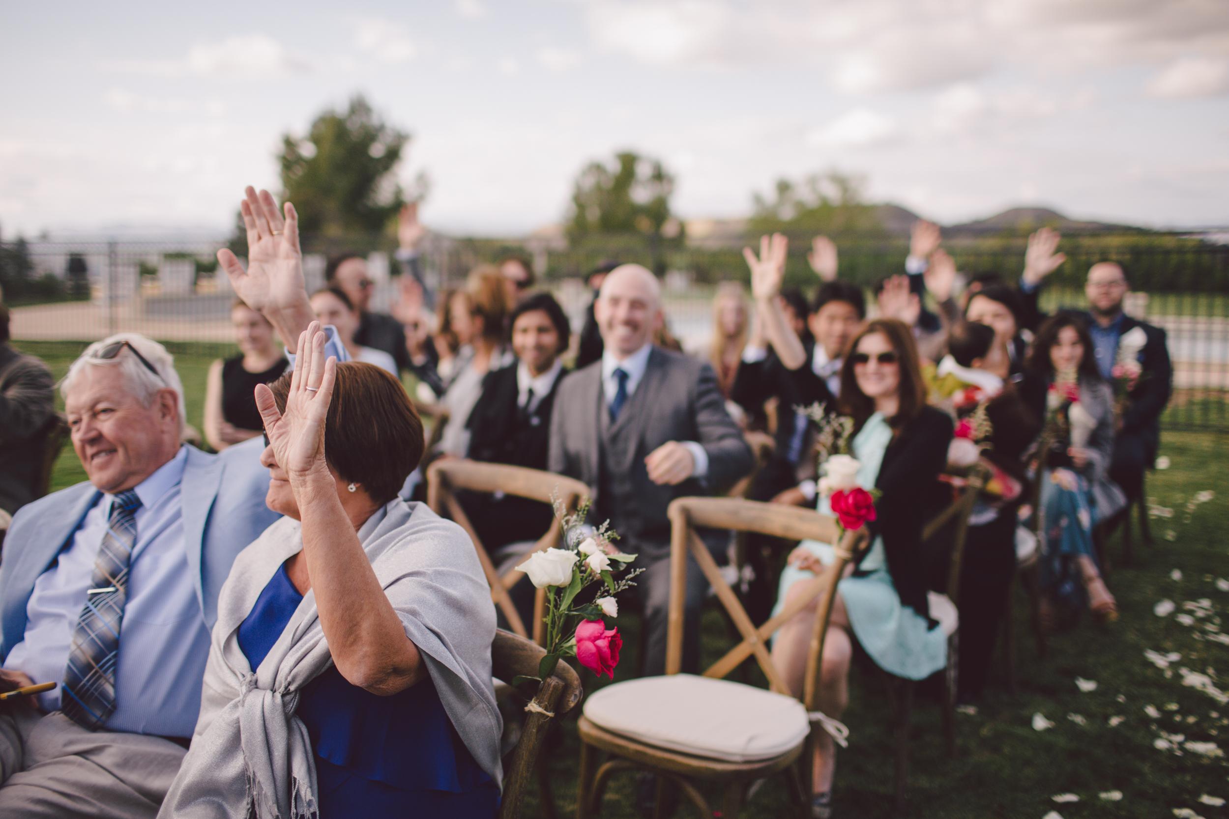 malibu-wedding-guests-backyard